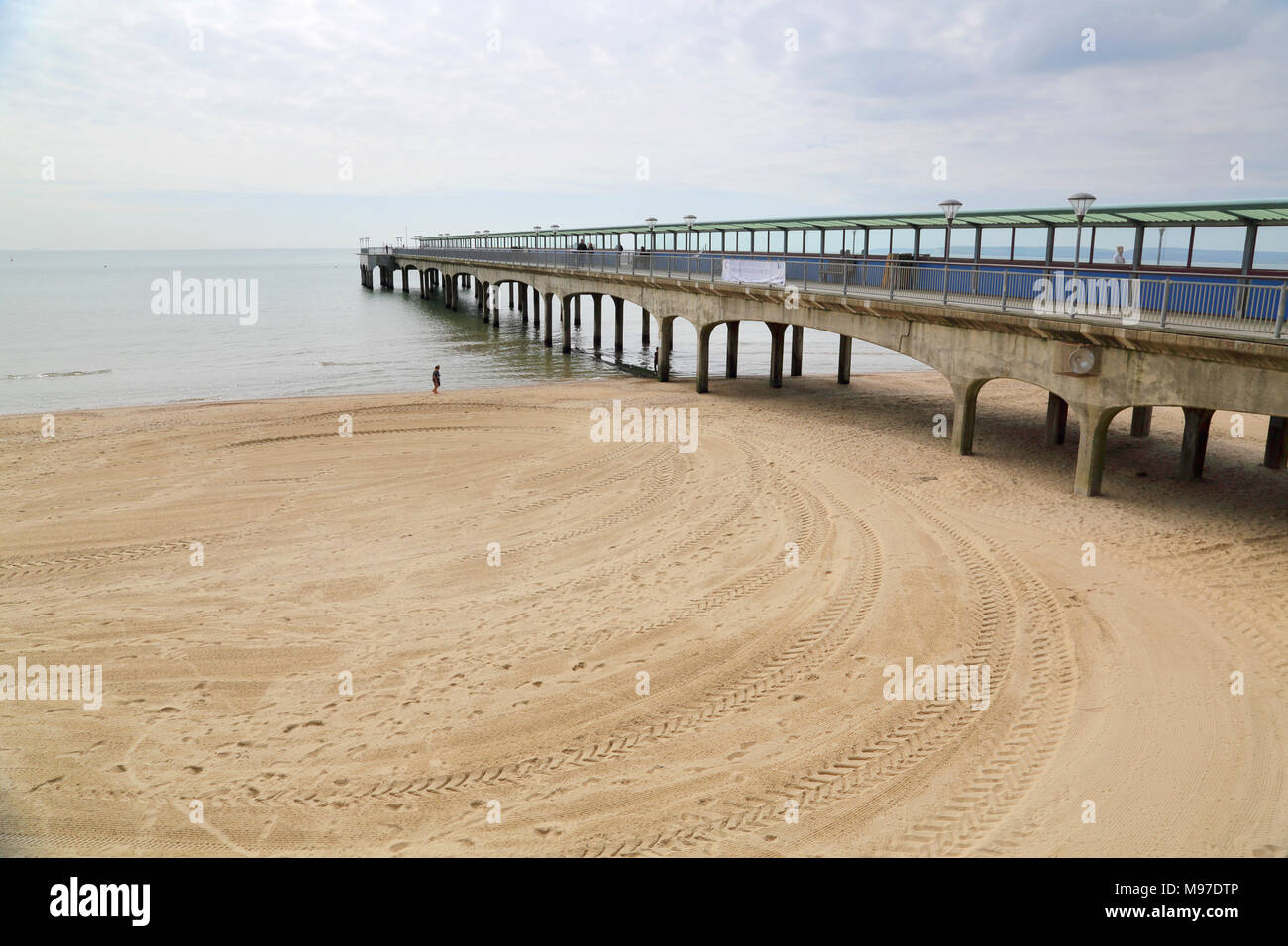 the beach at boscombe on the dorset coast Stock Photo