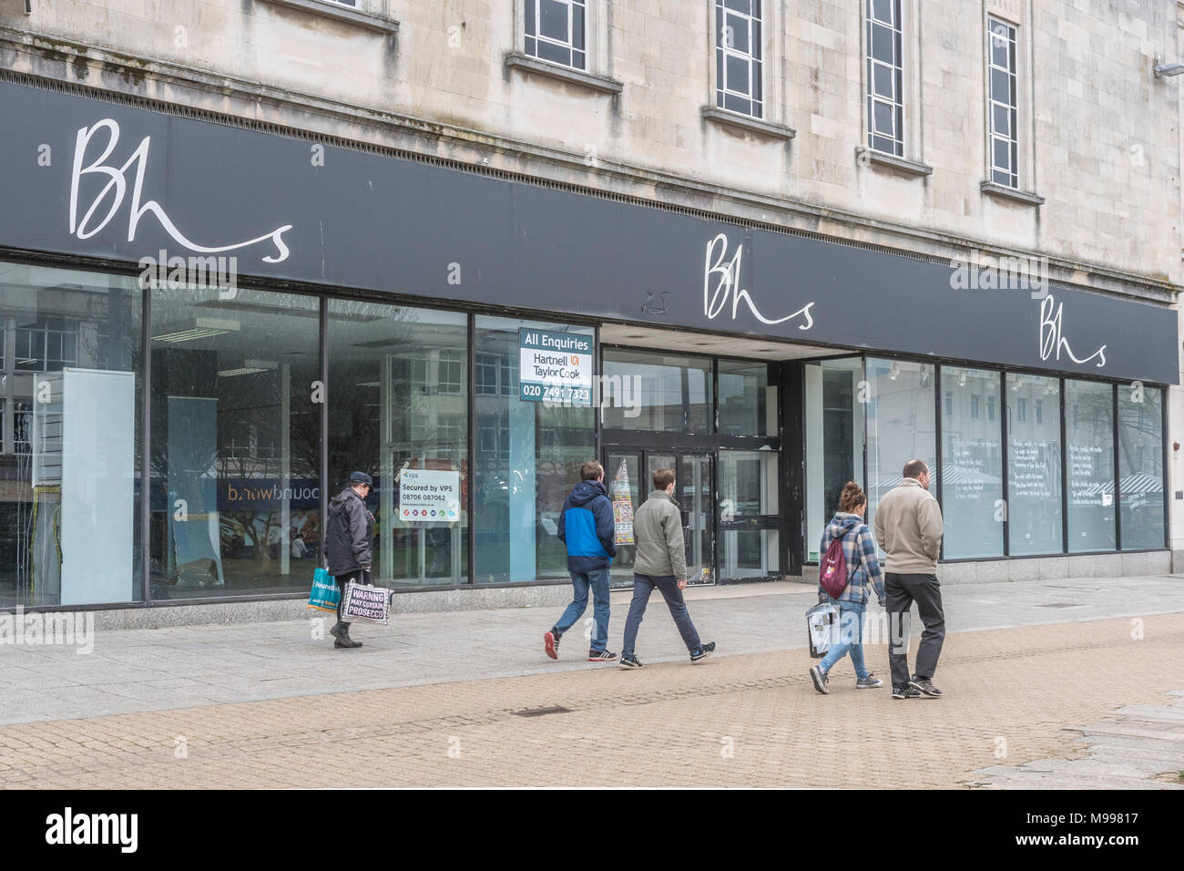 Empty BHS store / shop in Plymouth, Devon, after it closed it's doors and went into liquidation. Metaphor for struggling high street retailers. - Stock Image
