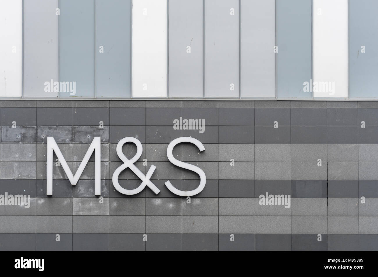 Marks and Spence / M&S logo at the Drake Centre (shopping mall) in lymouth, evon. - Stock Image