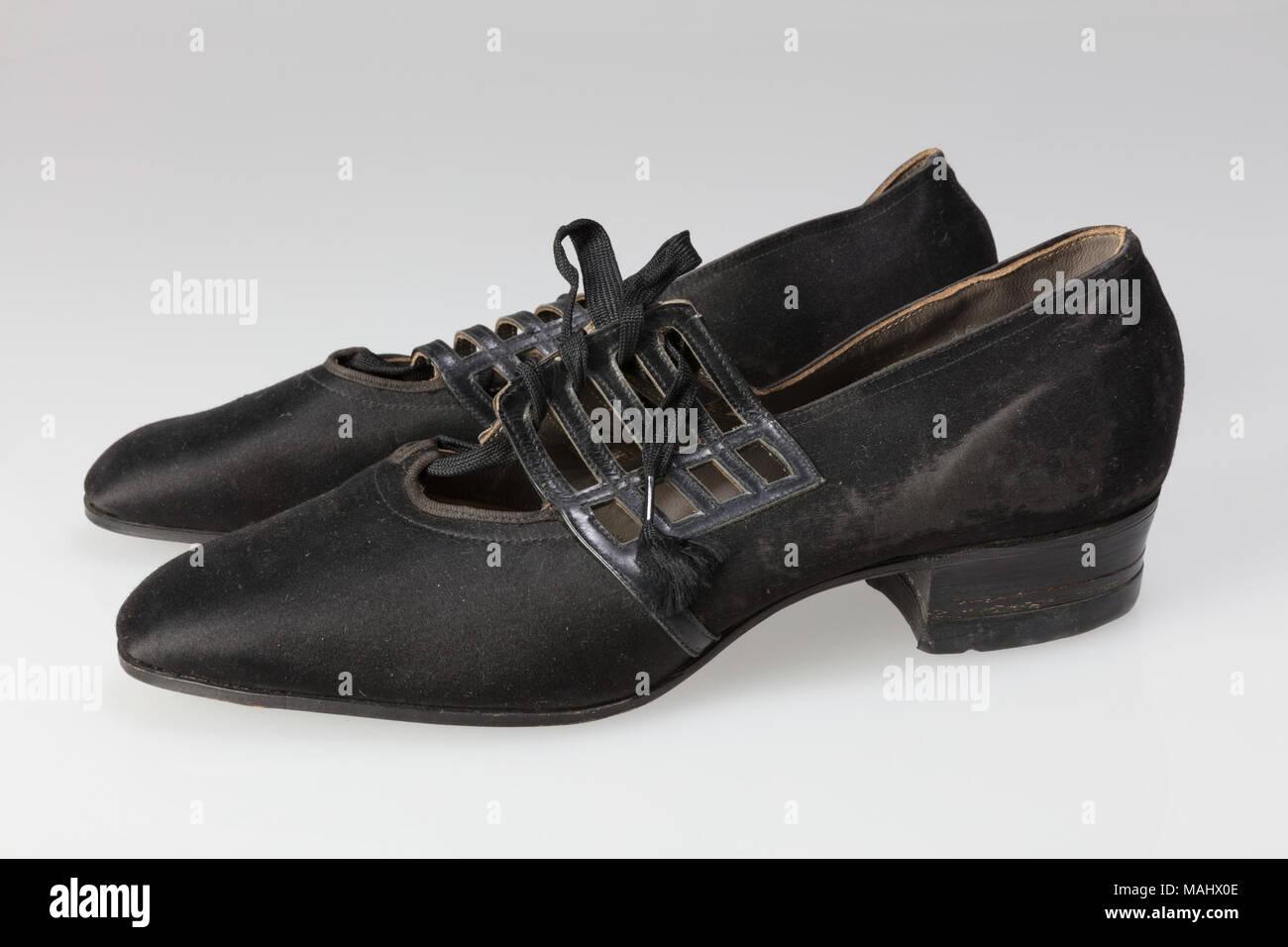 Diamond Shoe Weatherbird Peters Women's Shoes Black Brand Company x8ETUHU
