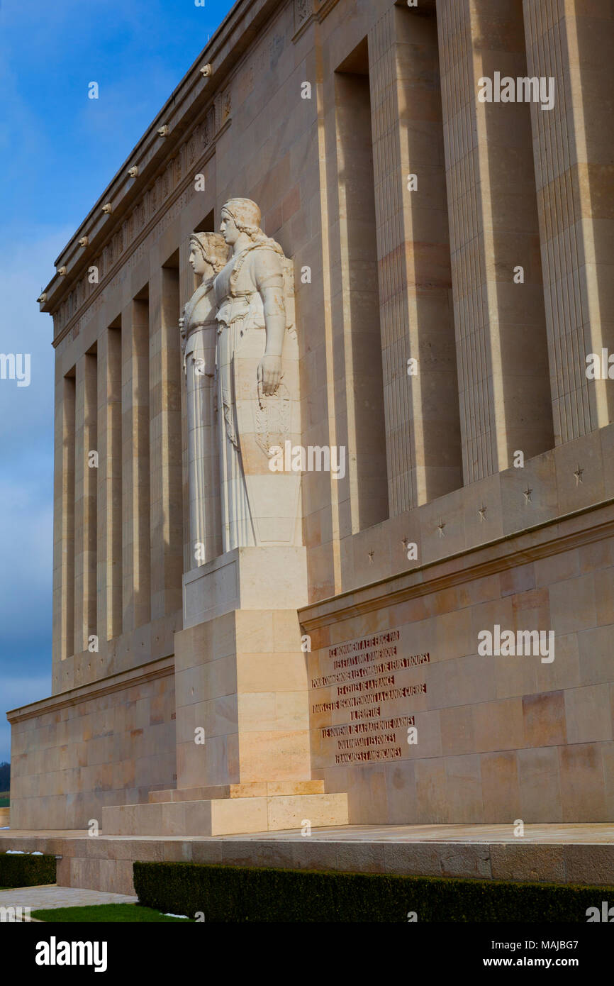 The Château-Thierry American Monument - Detail: sculptured figures representing the United States and France - Stock Image