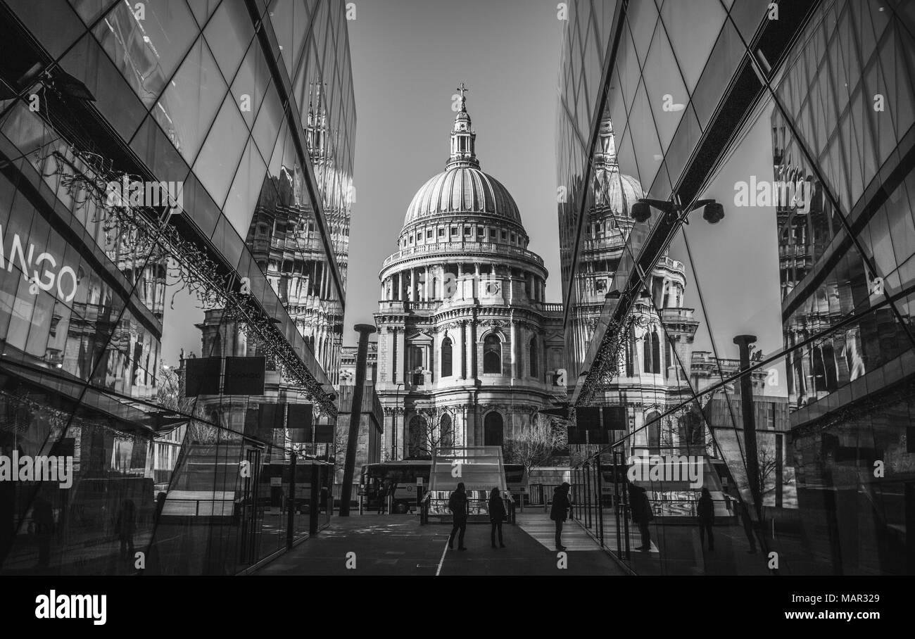 St. Paul's Cathedral, City of London, London, England, United Kingdom, Europe - Stock Image