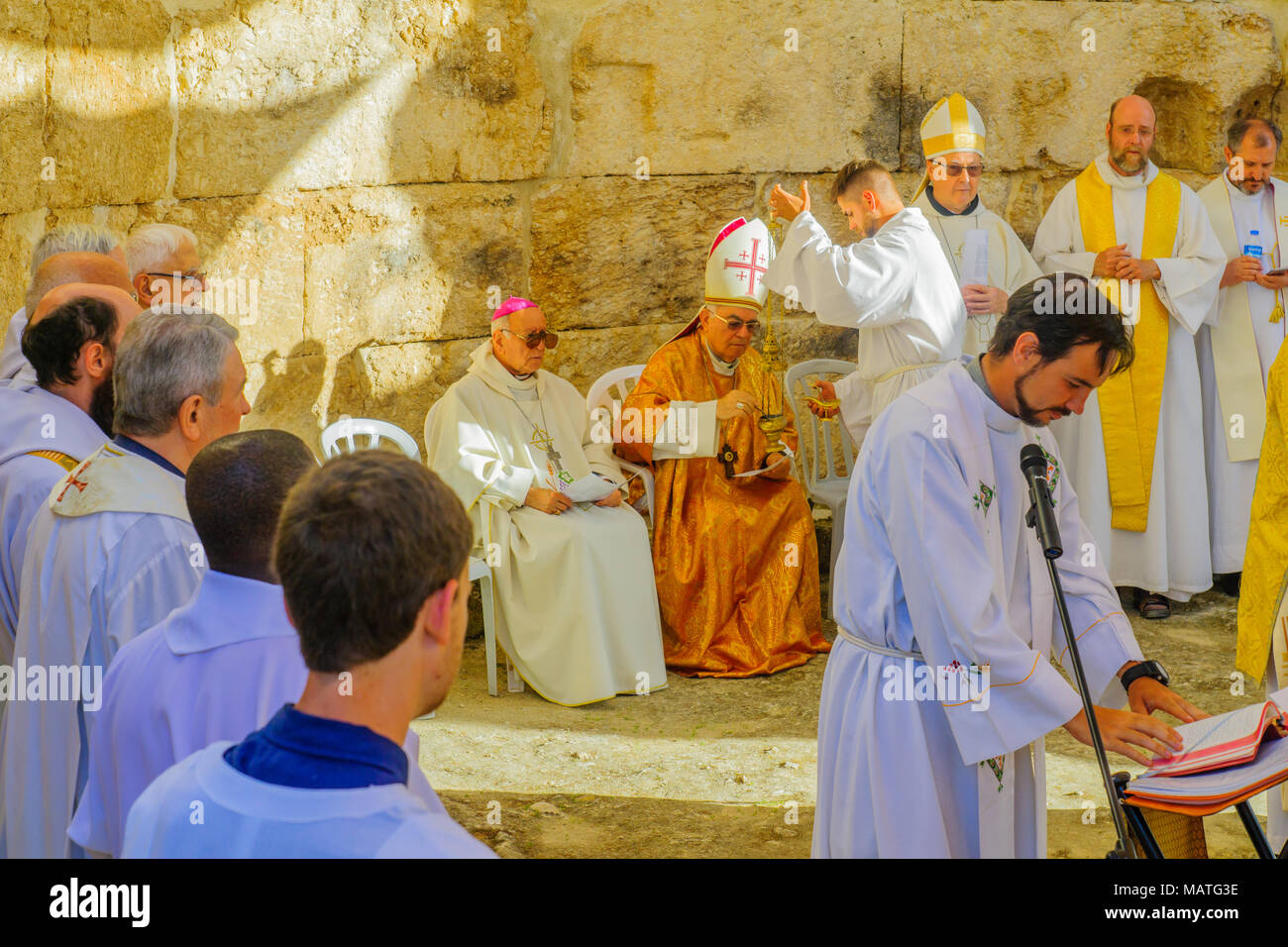 ancient roman priests stock photos ancient roman priests stock images alamy. Black Bedroom Furniture Sets. Home Design Ideas