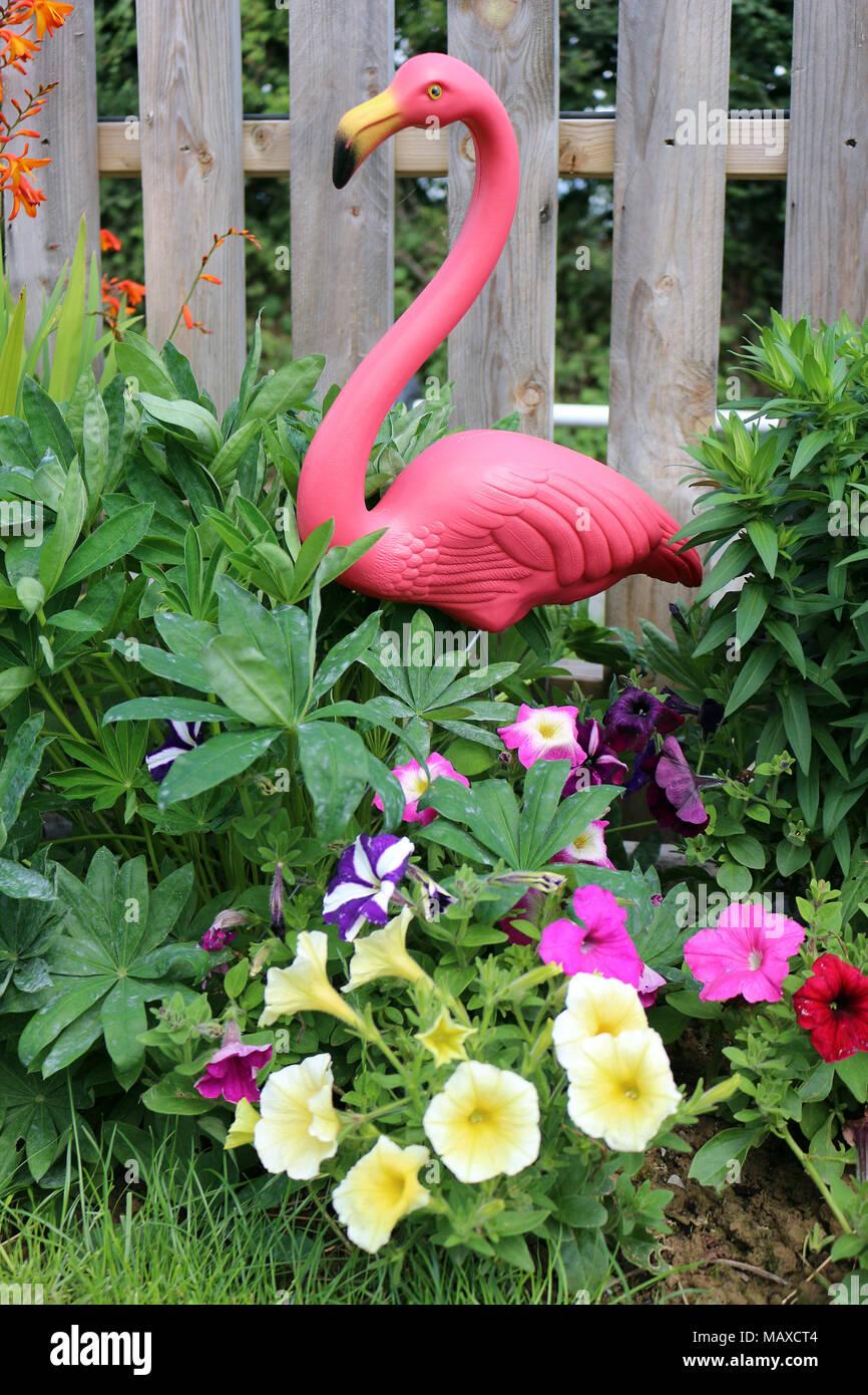 Flamingo Statue Stock Photos & Flamingo Statue Stock Images - Alamy