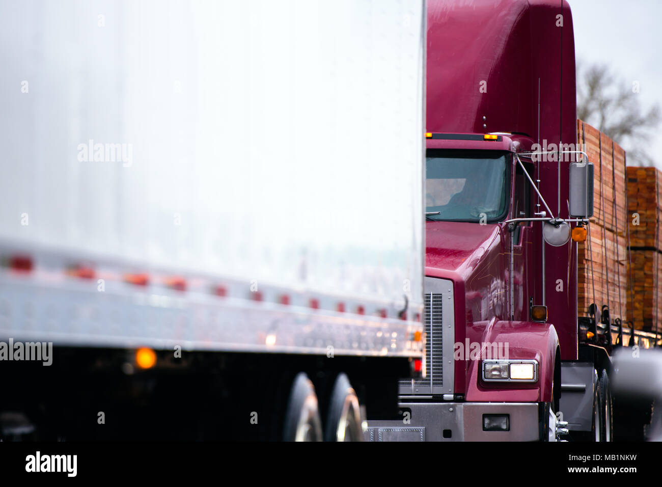 Tractor Trailer Truck Stock Photos Amp Tractor Trailer Truck Stock Images Alamy