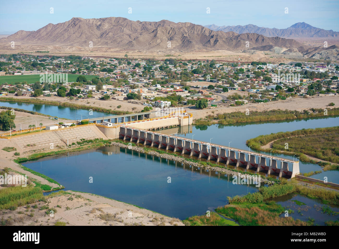 THE END OF THE COLORADO RIVER AT THE DIVERSION DAM OF MORELOS (aerial view). At the international border between Los Algodones in Mexico and the USA. - Stock Image