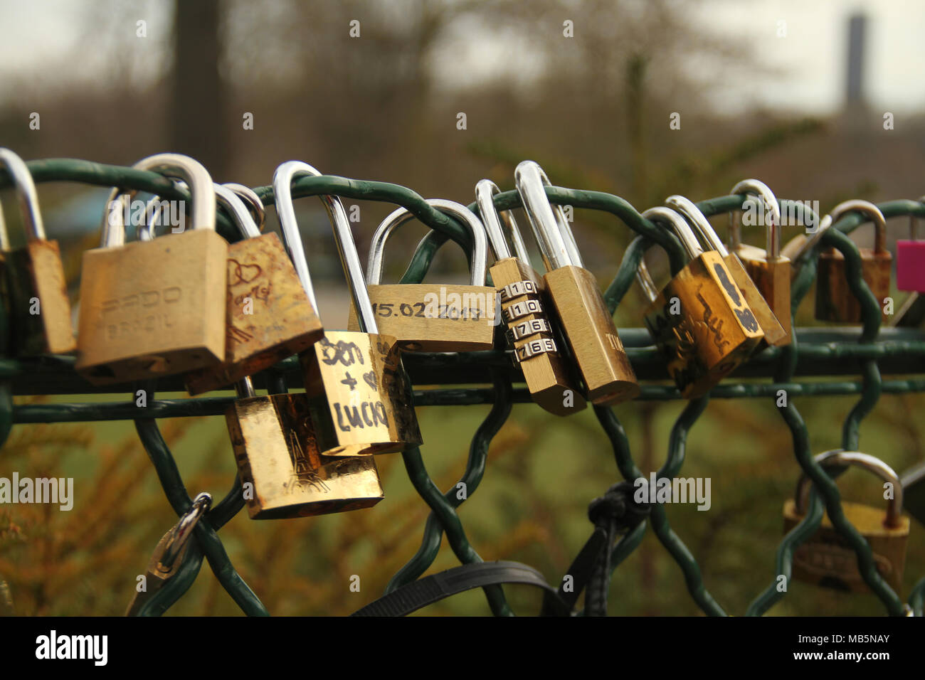 Paris, France -  02 April, 2018. Padlocks seen by a fence in Jardins du Trocadéro overlooking the Eiffel tower on 2nd April 2018.  General view of Paris, France. @ David Mbiyu/Alamy Live News - Stock Image