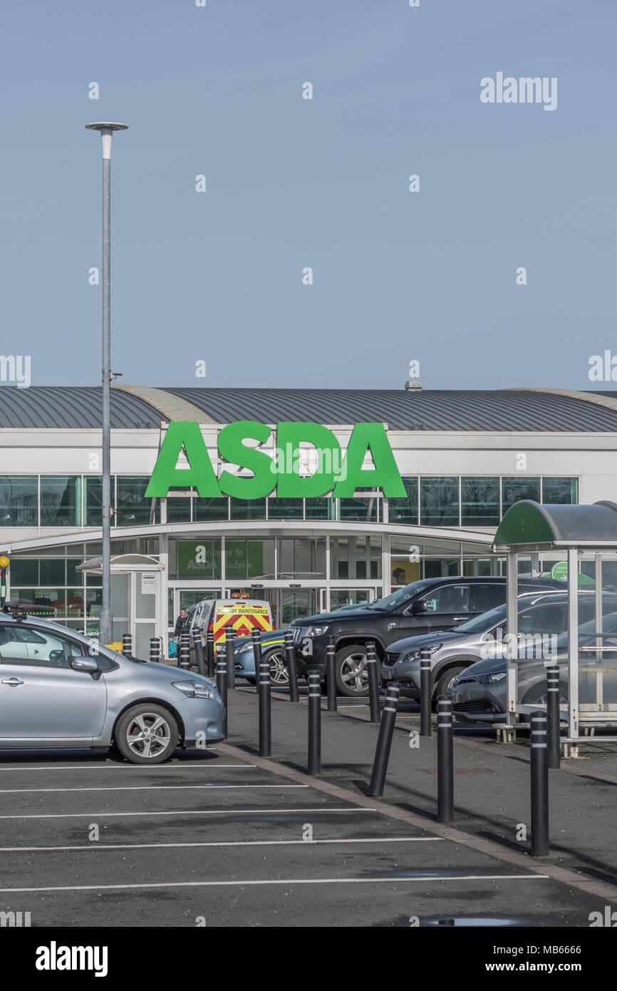 Exterior of the ASDA Bodmin store, Cornwall. - Stock Image
