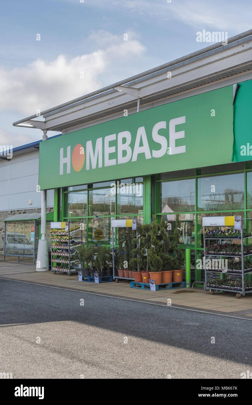 Exterior of Homebase store at Bodmin Retail Park, Cornwall, Uk. - Stock Image