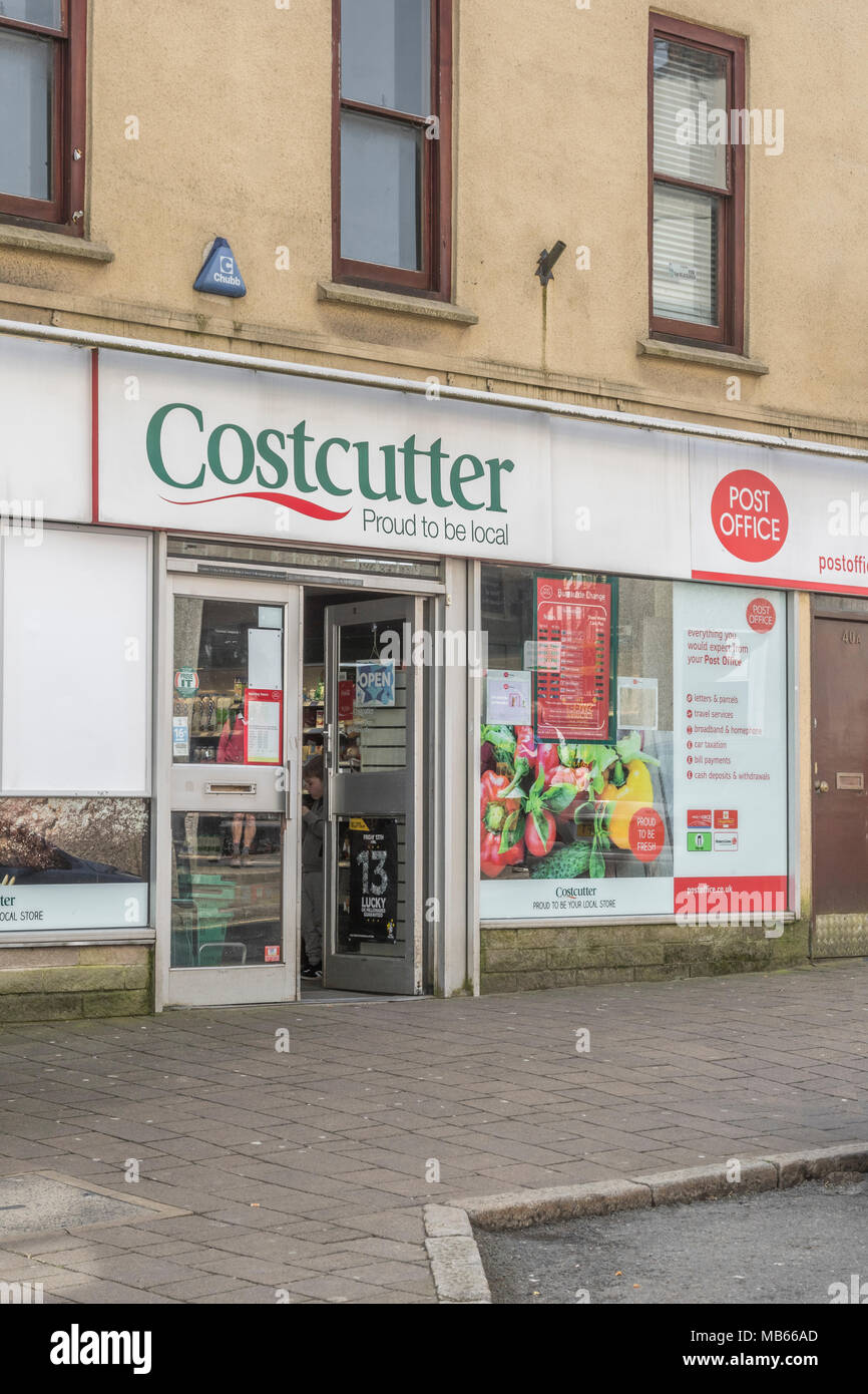 Exterior of Costcutter convenience shop in high street of Bodmin, Cornwall. - Stock Image