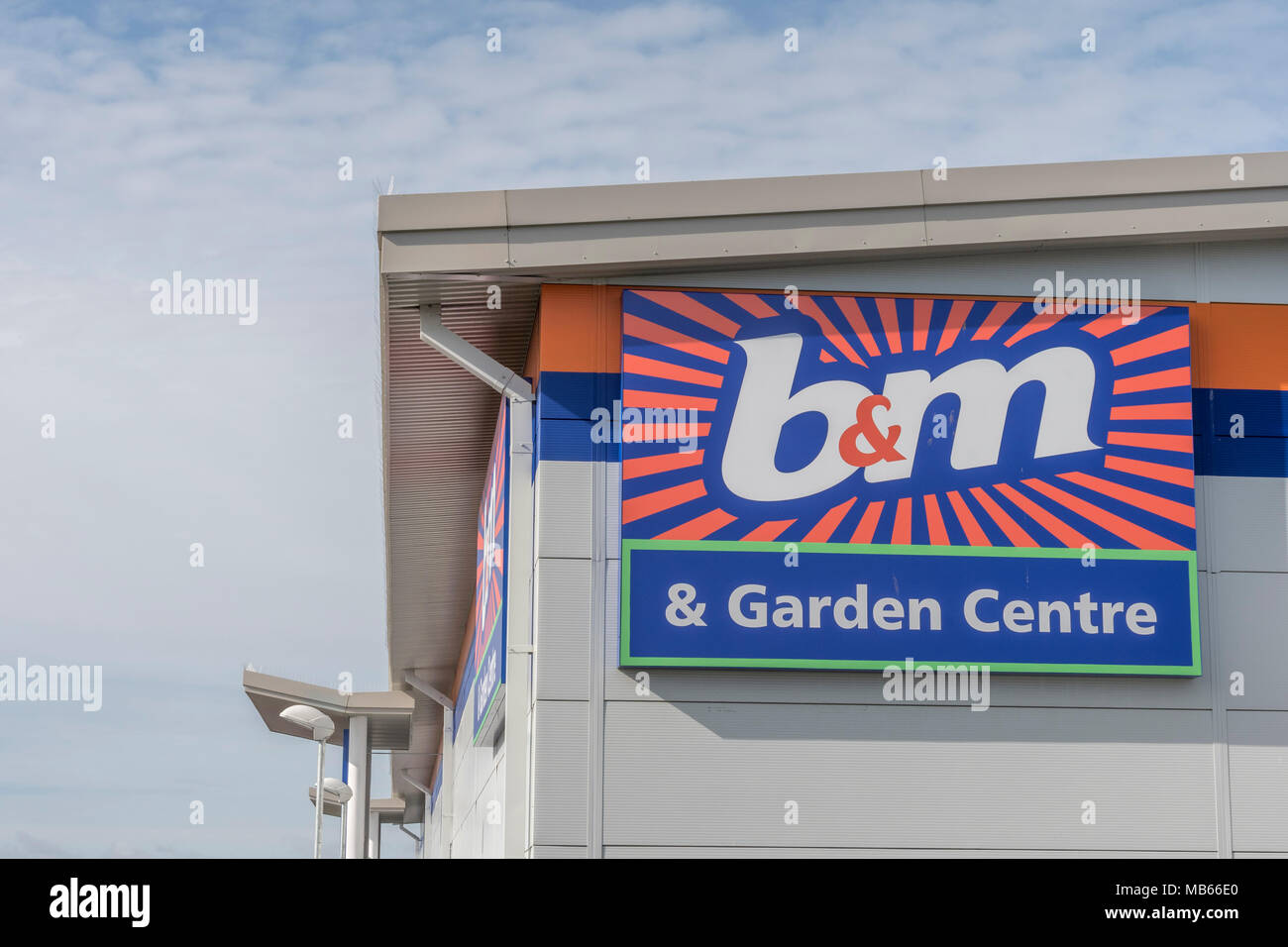 Exterior of B&M Homestore shop / store in Bodmin, Cornwall. B&M is a highly successful and fast growing retailer in a tough retail market. - Stock Image