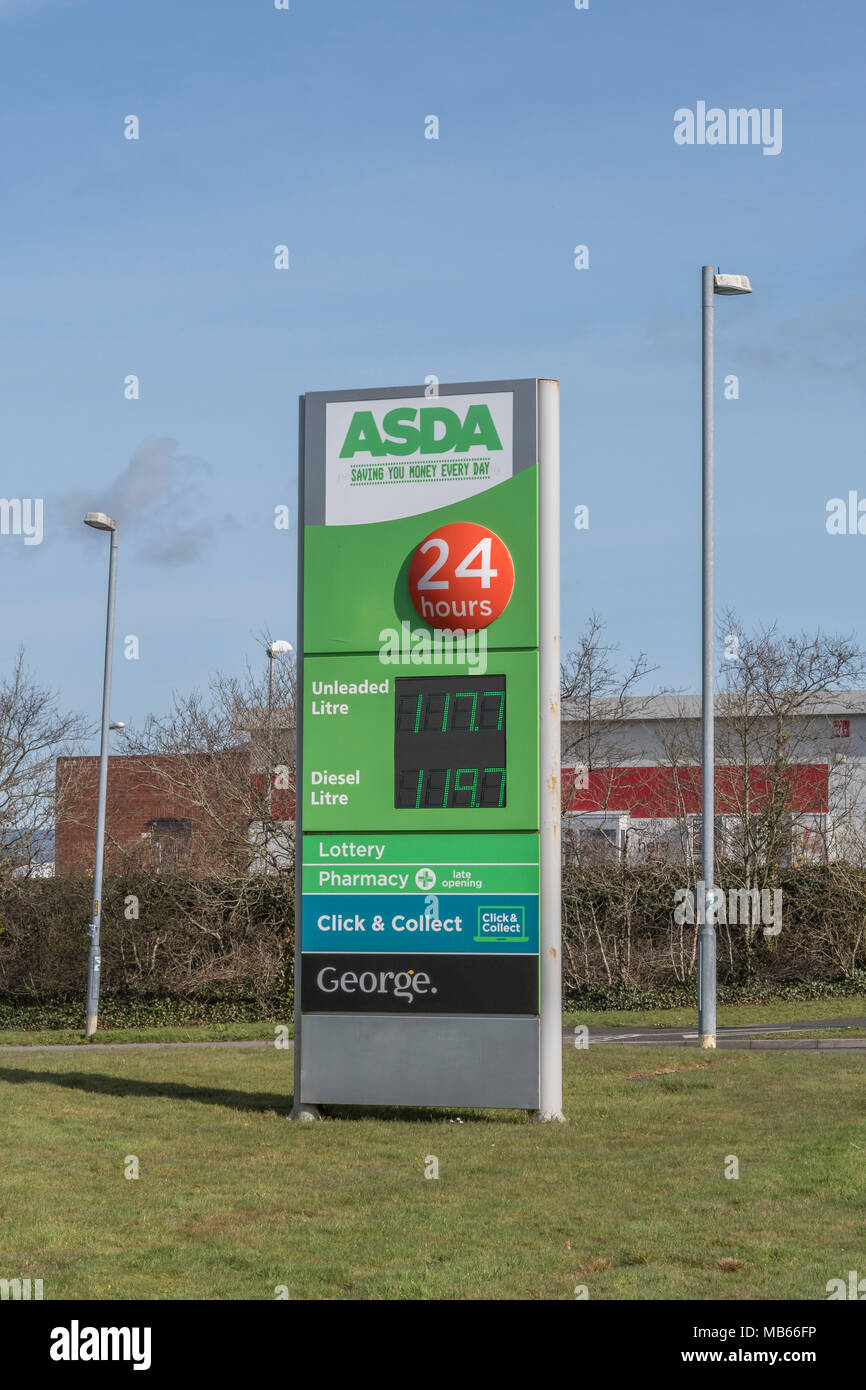 Exterior of the ASDA Bodmin 24-hour store, Cornwall. - Stock Image