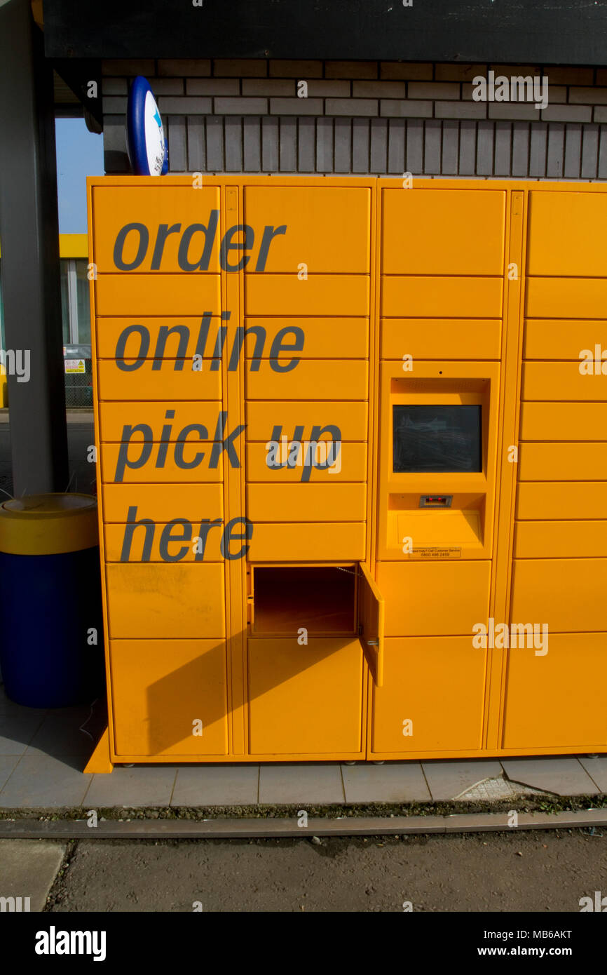 Amazon pickup lockers - Stock Image