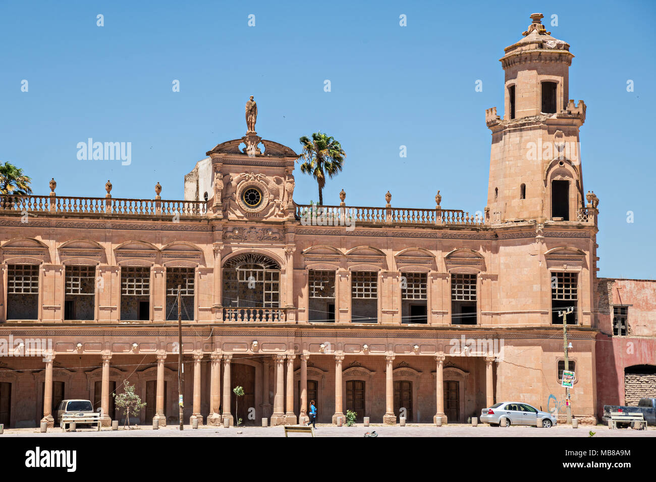 The front towers of the Hacienda de Jaral de Berrio in Jaral de Berrios, Guanajuato, Mexico. The abandoned Jaral de Berrio hacienda was once the largest in Mexico and housed over 6,000 people on the property and is credited with creating Mescal. - Stock Image
