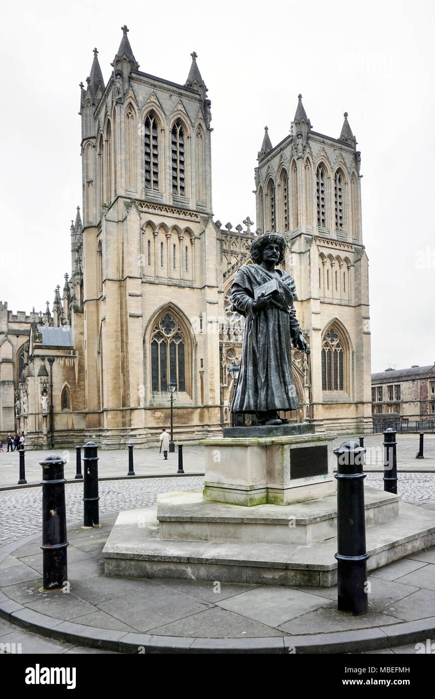 Bristol cathedral with  statue of Rajah Rammohan Roy - Stock Image