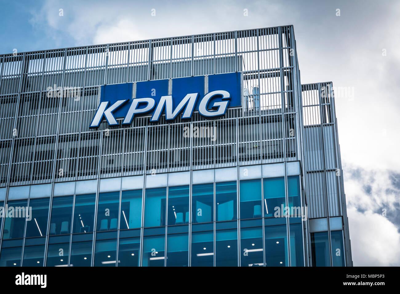 KPMG building, London, UK Stock Photo