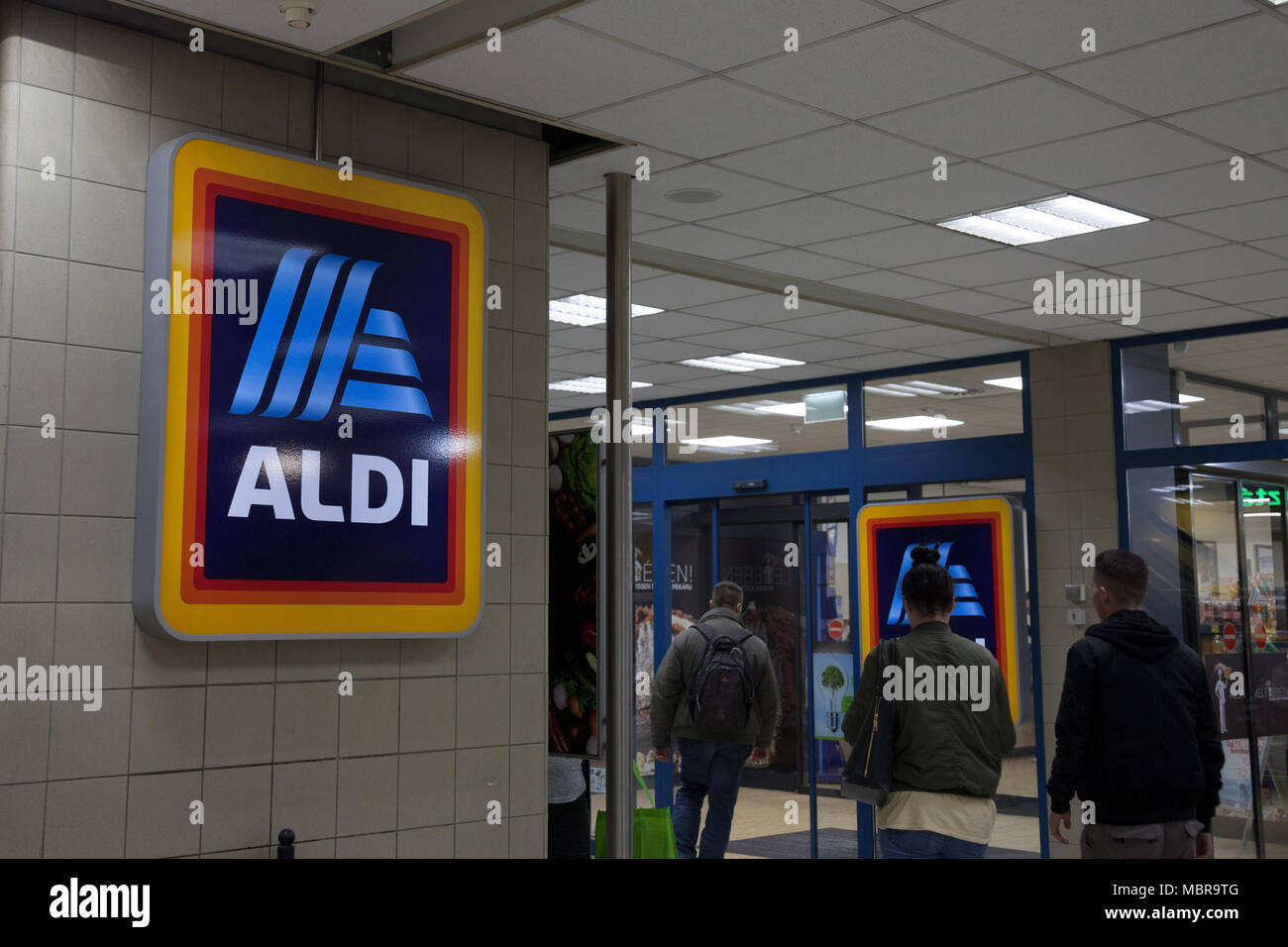 BUDAPEST, HUNGARY - APRIL 7, 2018: Aldi logo on one of their shops for Hungary. Aldi is a German Discount Supermarket chain developped worldwide  Pict - Stock Image