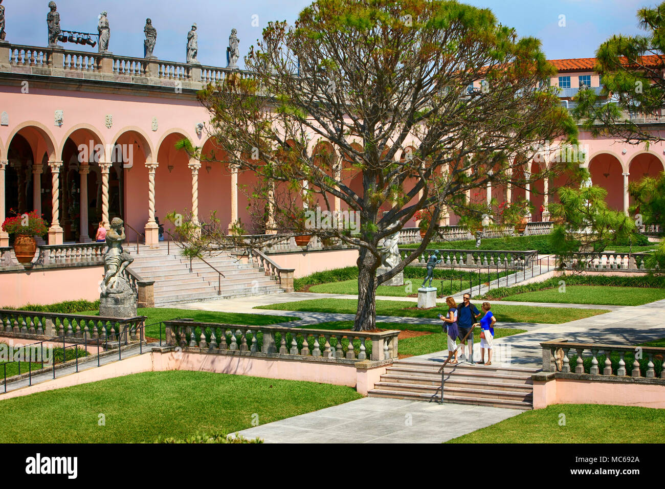 The Courtyard italian style gardens at the Ringling Museum in ...