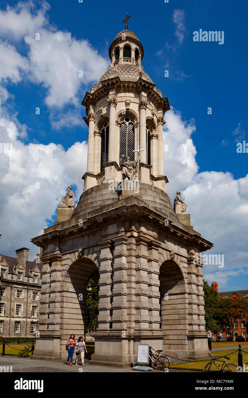 The Campanile, Parliament Square, Trinity College (College of the Holy and Undivided Trinity of Queen Elizabeth), Dublin, Ireland - Stock Image
