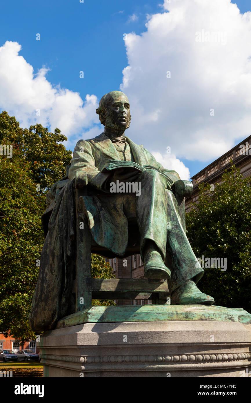 William Edward Hartpole Lecky Statue, Trinity College, Dublin - Stock Image