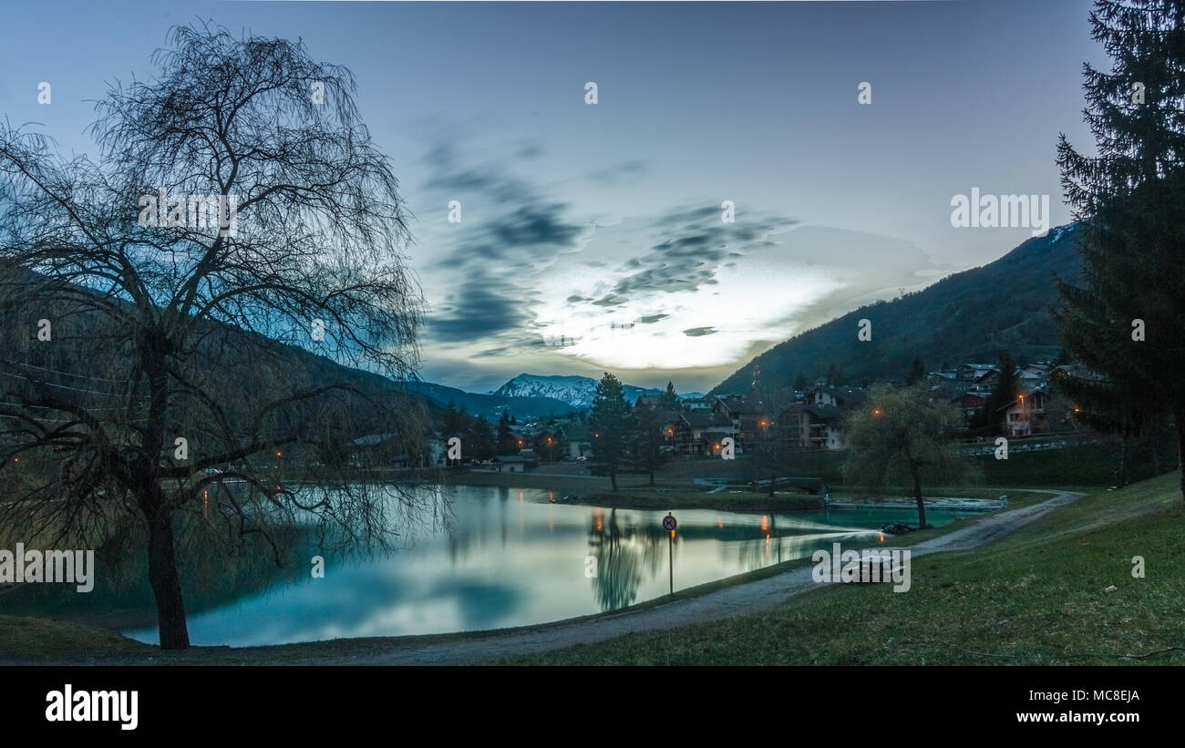 Evening comes to the mountain village - Stock Image