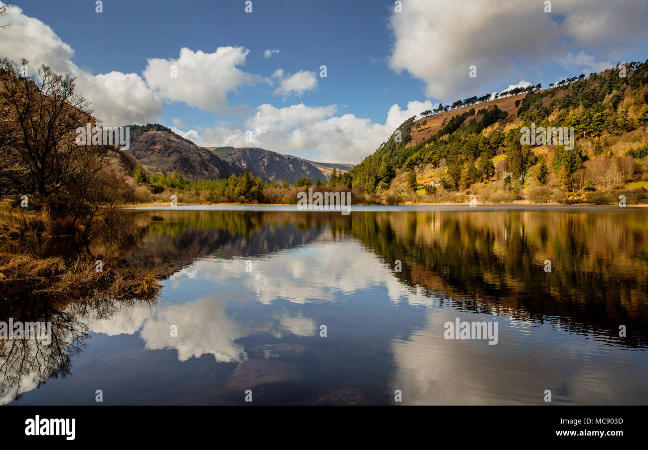 dramatic-landscape-of-glendalough-valley