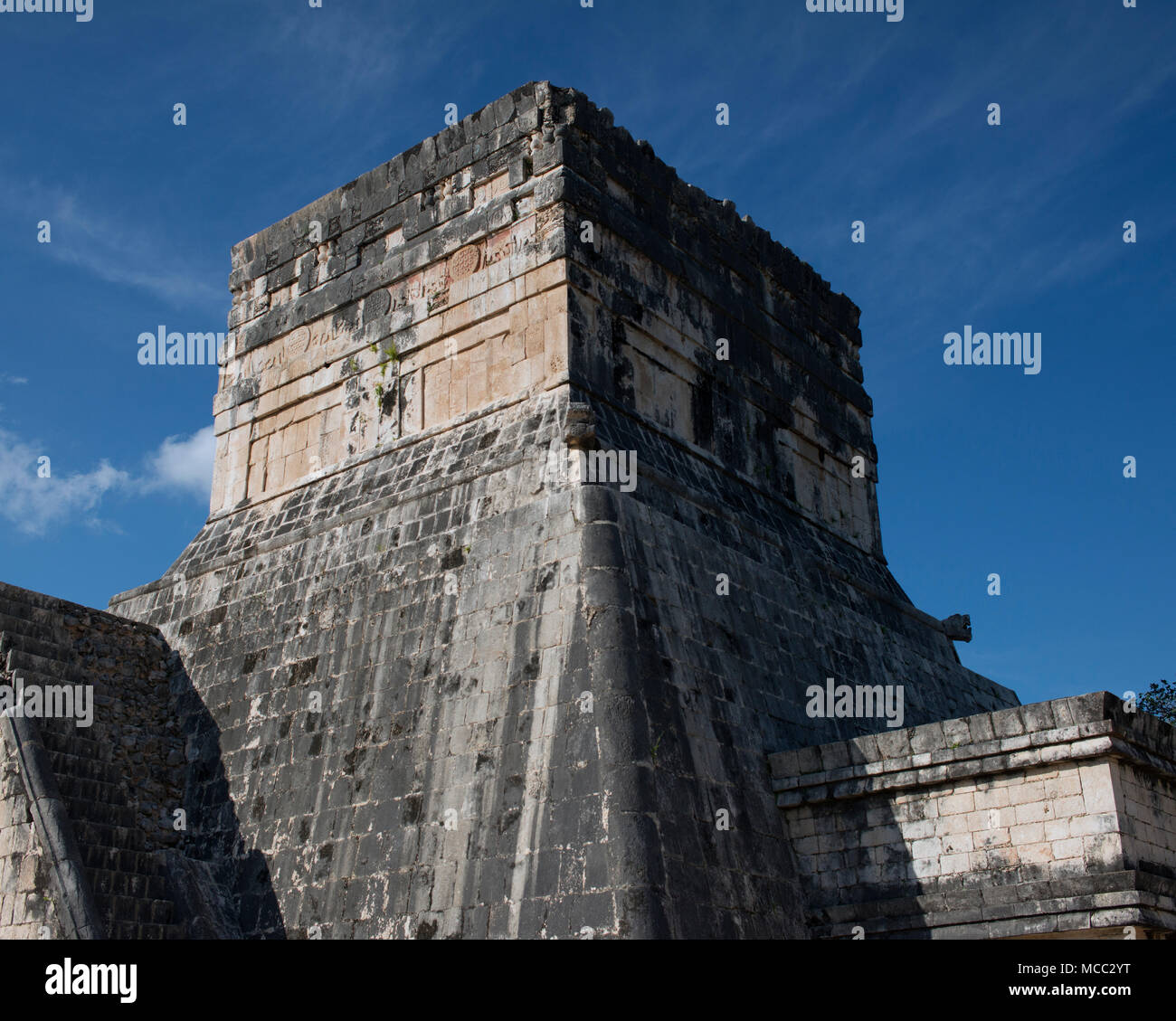 An ancient Mayan temple at Chichén Itzá, Yucatán State, Mexico. - Stock Image