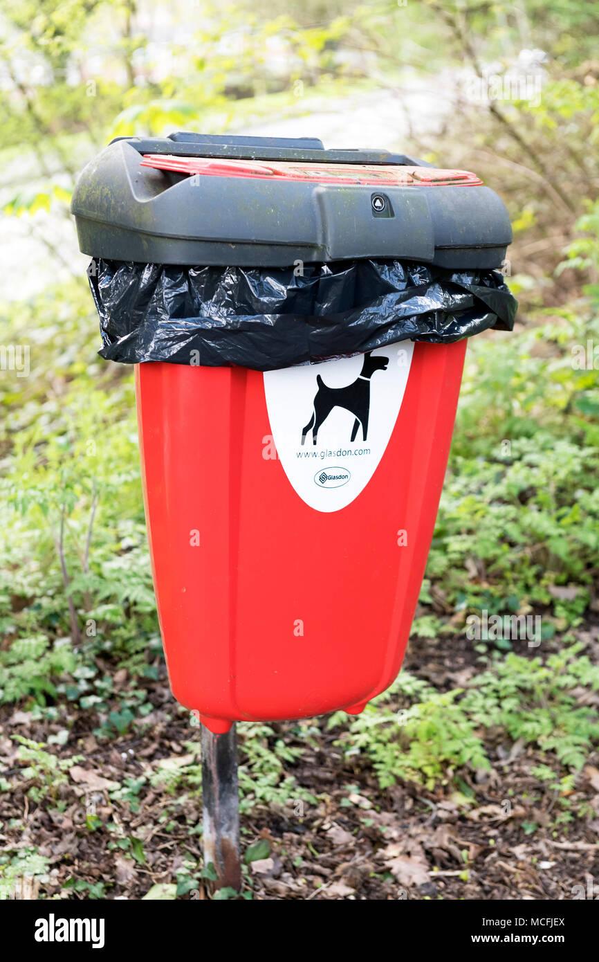 red-dog-waste-disposal-bin-kent-uk-MCFJE