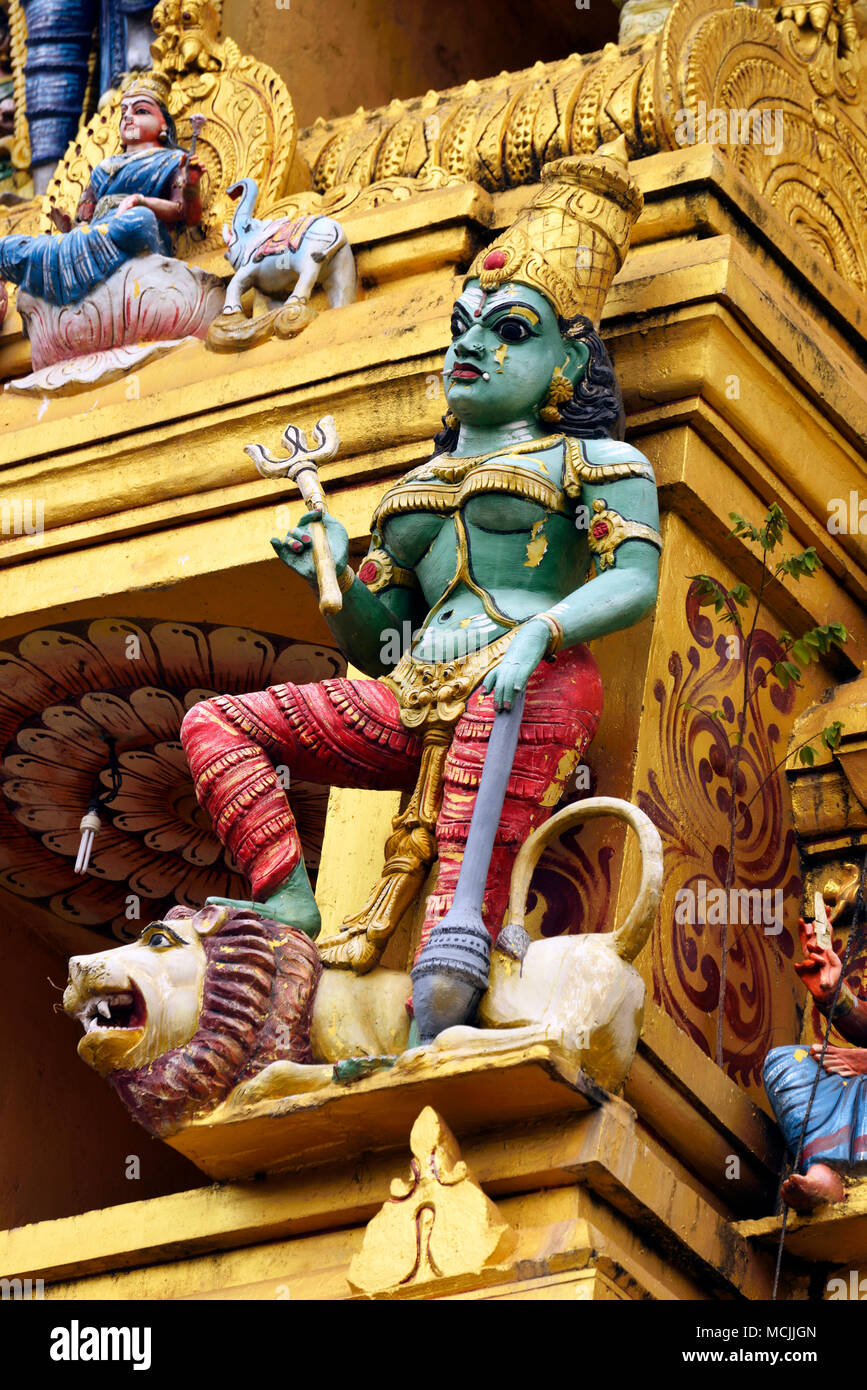 Colourful figure in the Hindu temple, Sri Muthumariamman, Matale, Central Province, Sri Lanka - Stock Image