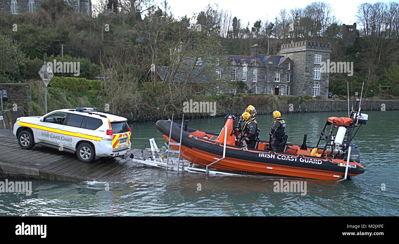 castletownshend-ireland-19th-april-2018irish-coast-guard-toe-head-branch-launching-their-delta-class-boat-on-a-practice-evening-from-the-slipway-at-castletownshend-once-launched-the-powerful-craft-can-reach-speeds-in-excess-of-35knots-with-its-twin-115hp-yamaha-outboard-engines-the-coast-guard-are-on-bleeper-call-24hr-7-days-a-week-responding-to-maritime-emergencies-credit-aphperspectivealamy-live-news-MDJXFE.jpg