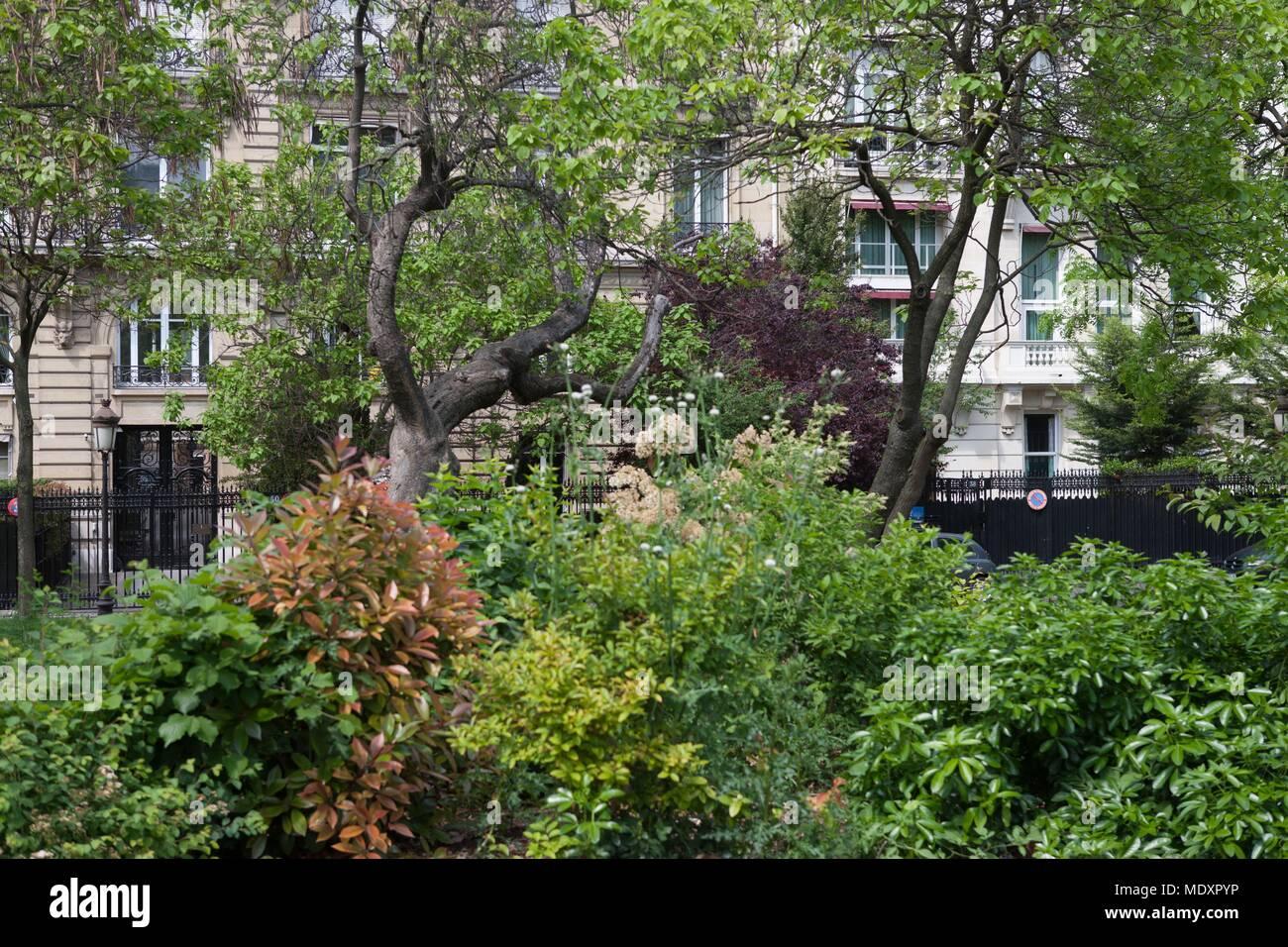 Paris Avenue Foch Stock Photos & Paris Avenue Foch Stock Images - Alamy