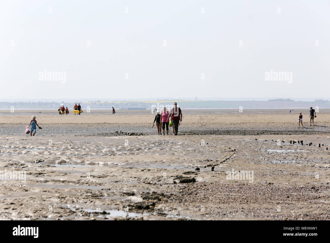 Uk Weather A Beautiful Day In The Escoastal Town Of Southend On Sea Penelope Barritt Alamy Live News
