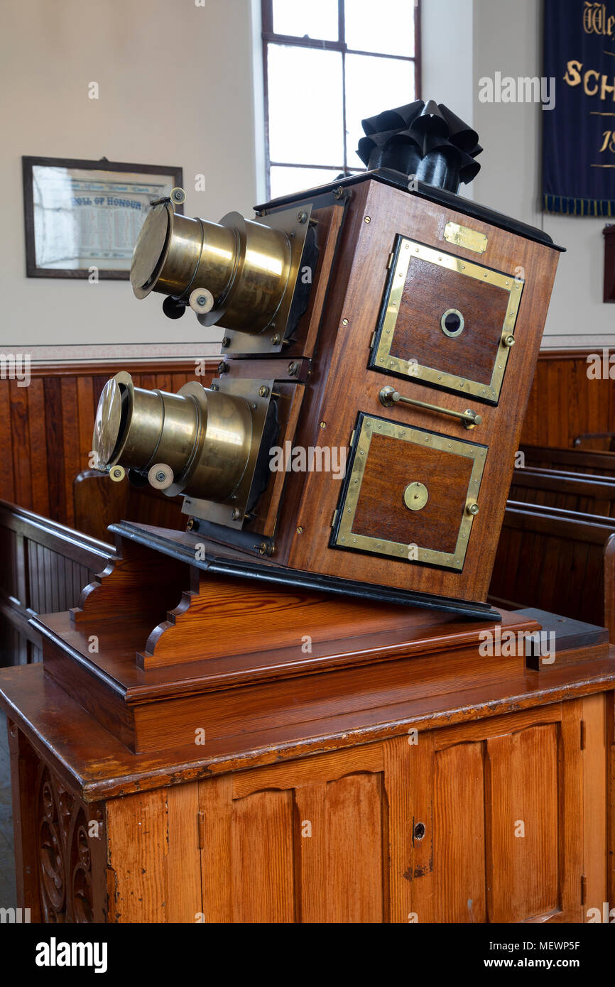 A old 'Magic Lantern' slide projector - Stock Image