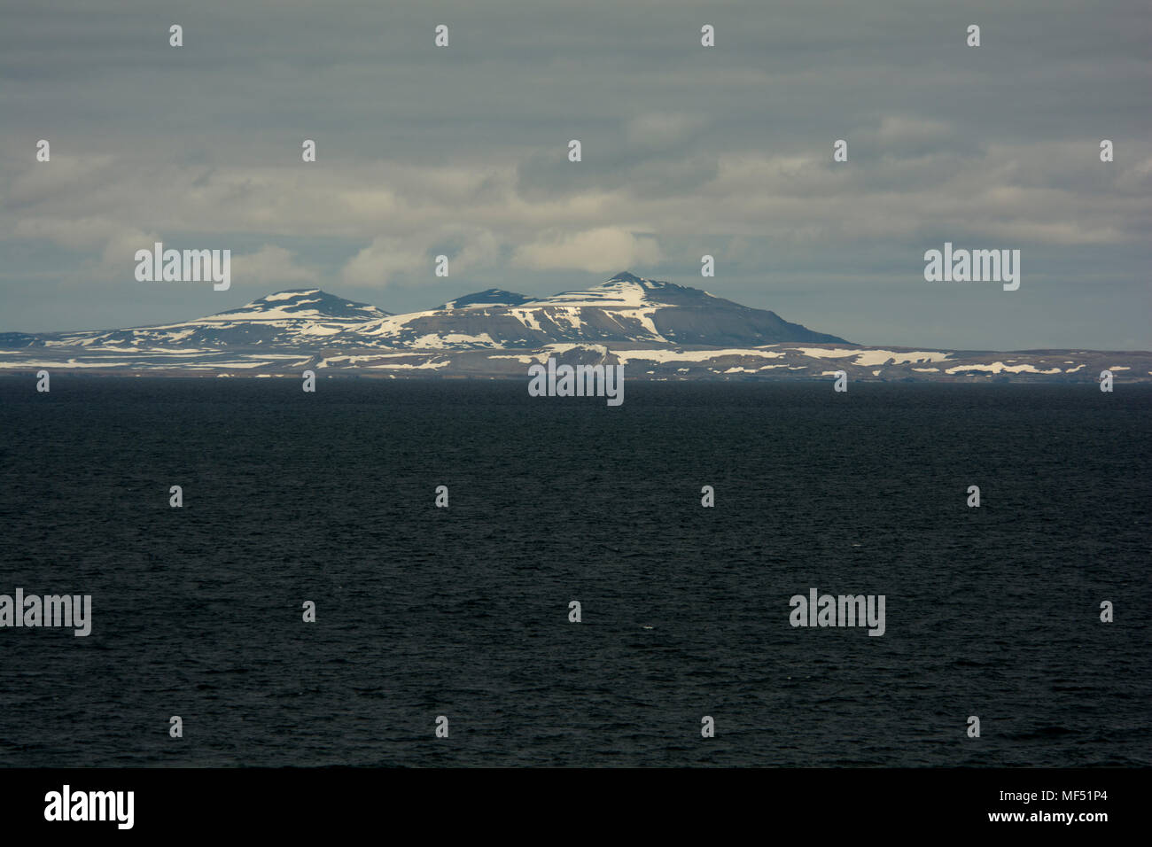 Svalbard Island: where is located, who owns, interesting facts 72
