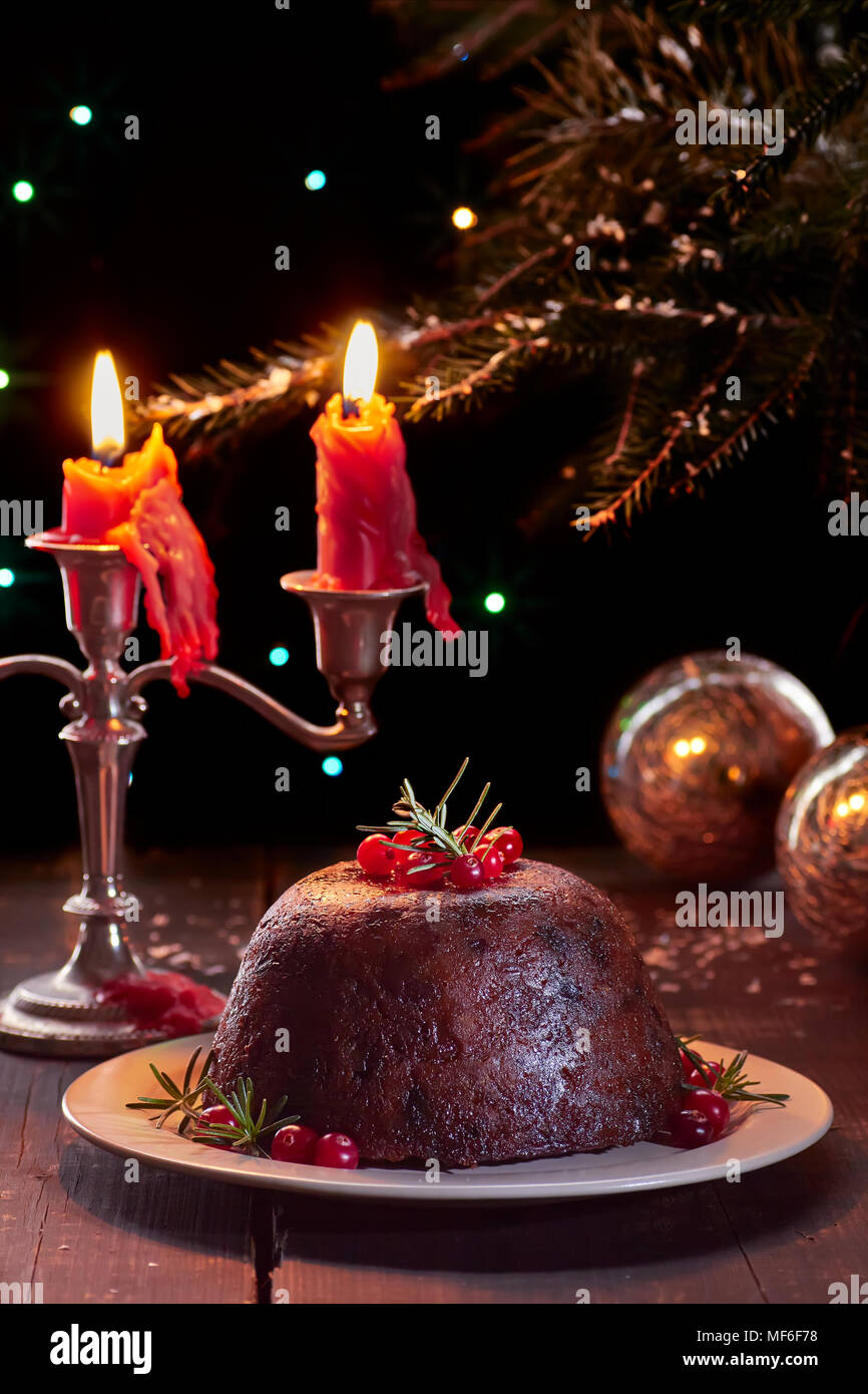 traditional british christmas pudding - British Christmas Traditions