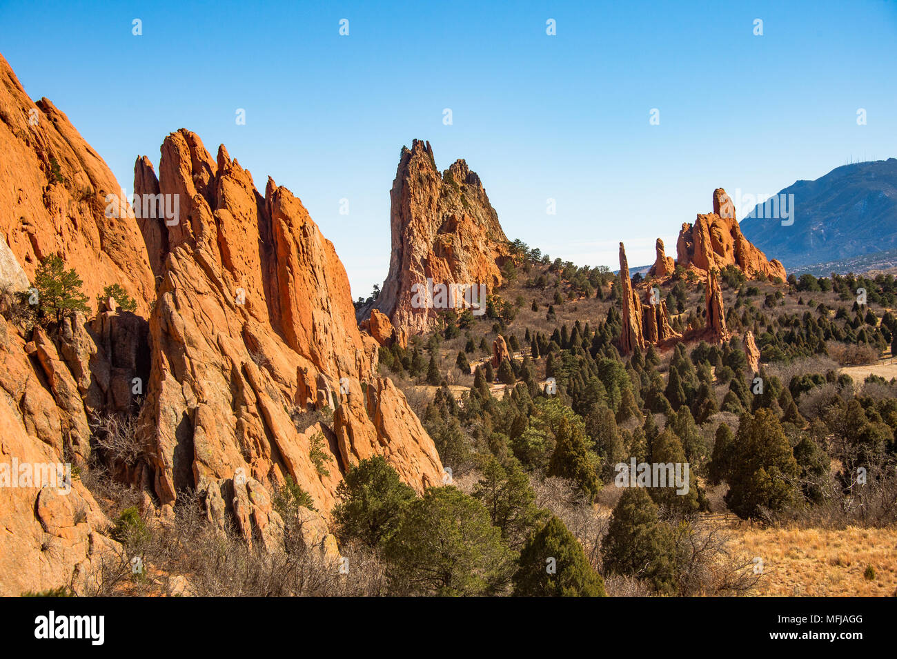 Cathedral Valley at the Garden of the Gods in Colorado Springs ...