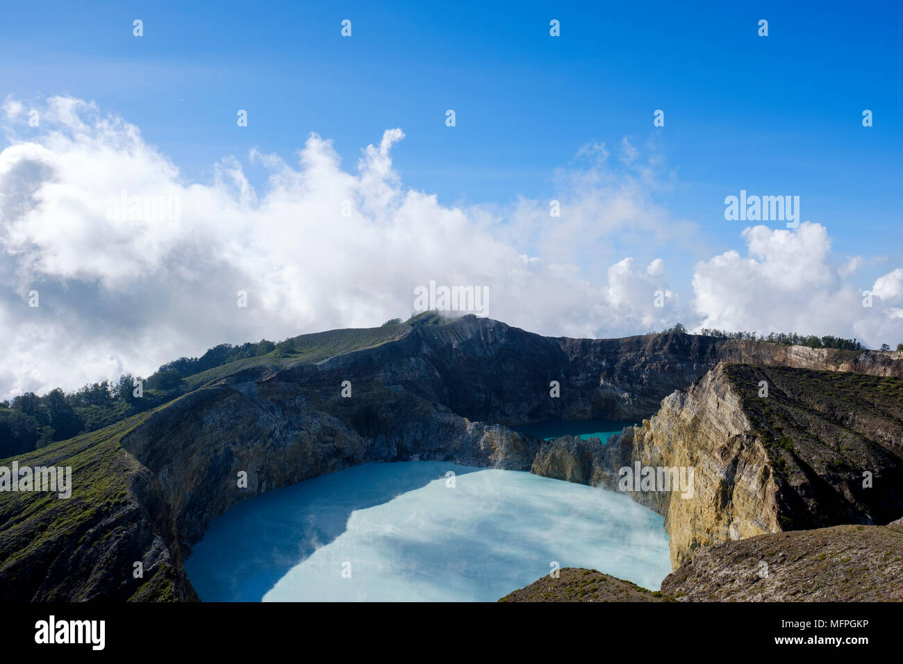 The two turquoise-coloured, eastern crater lakes at Kelimutu National Park, Ende Regency, Flores Island, Indonesia. - Stock Image