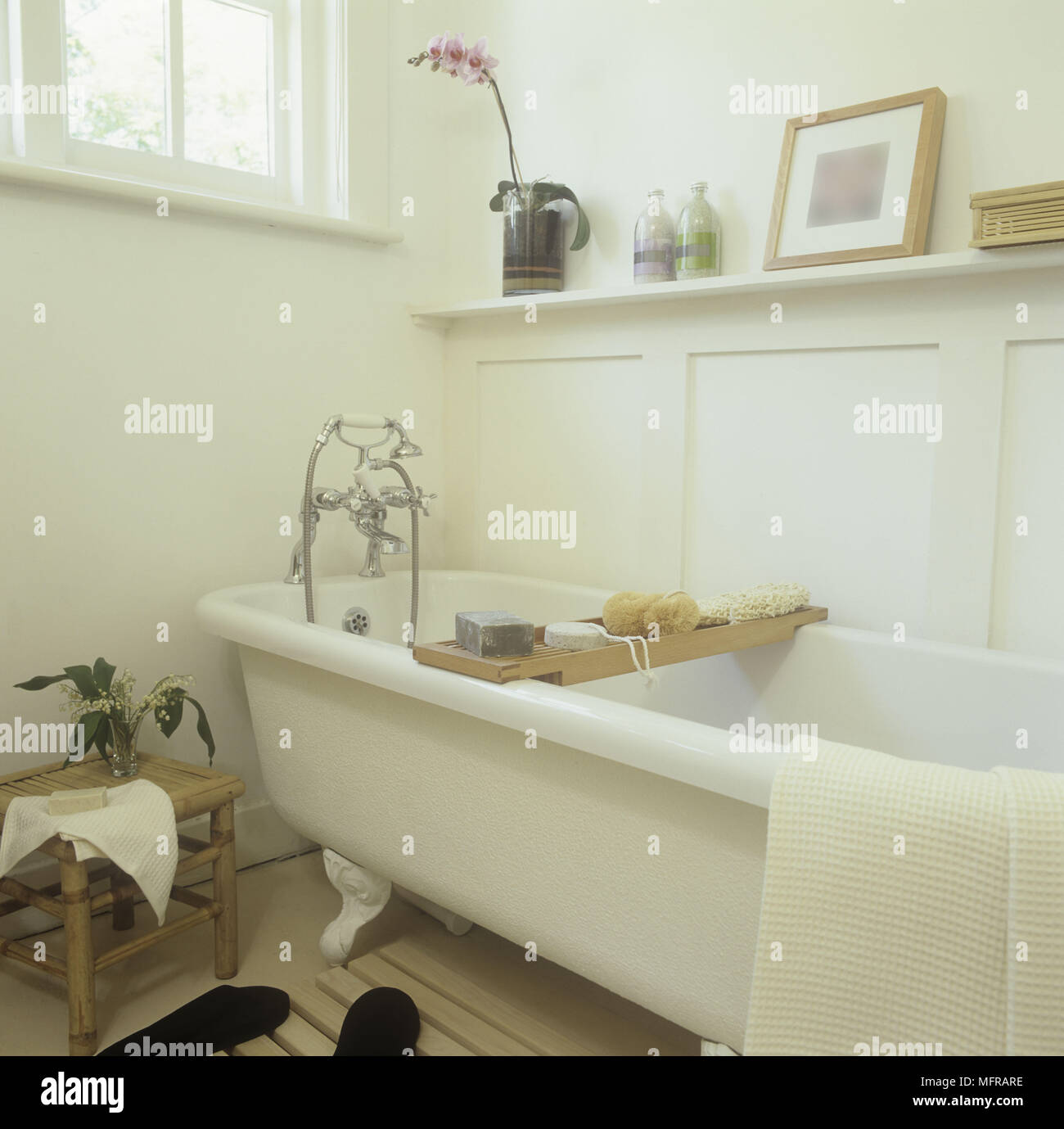 Country style bathroom with a free standing bathtub Stock Photo ...
