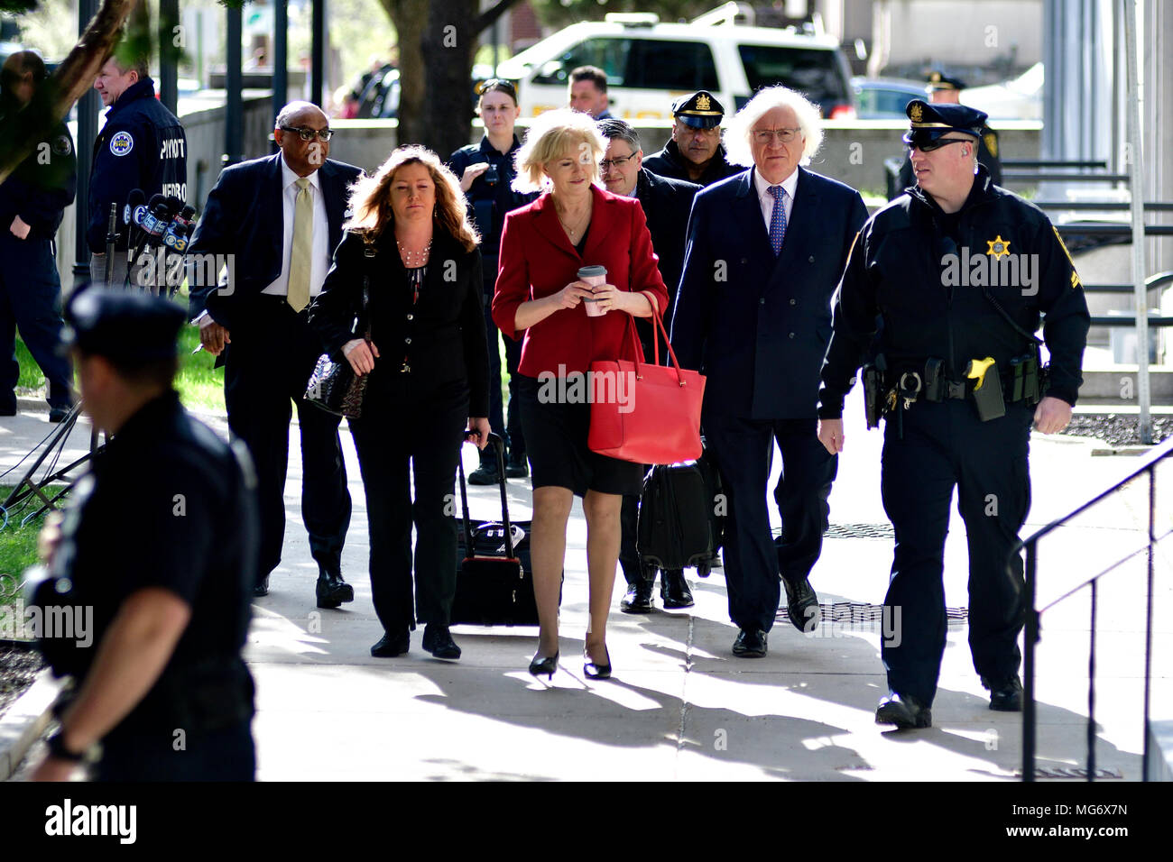 Norristown, USA. 26th Apr, 2018. Bill Cosby's legal defense team including lead attorneys Tom Mesereau and Kathleen Bliss arrive ahead of the sexual assault trail at Montgomery County Court House in Norristown, PA, USA, on April 26, 2018. Credit: Bastiaan Slabbers/Alamy Live News - Stock Image