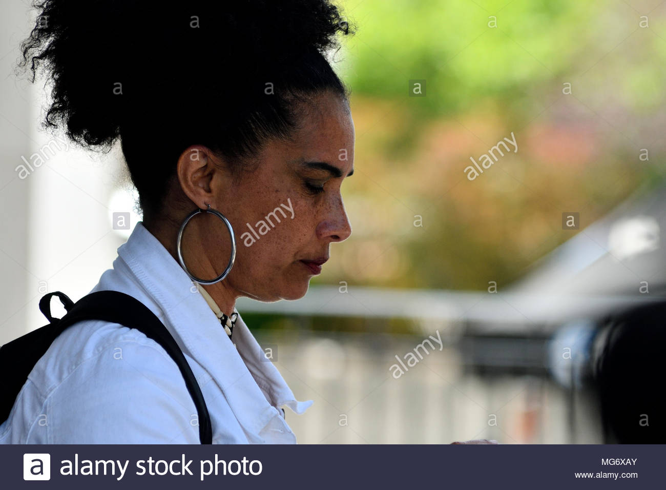 Norristown, USA. 26th Apr, 2018. Lilli Bernard departs the court house after the guilty verdict in the Bill Cosby sexual assault trial, at Montgomery County Court House in Norristown, PA, USA, on April 26, 2018. Credit: Bastiaan Slabbers/Alamy Live News - Stock Image