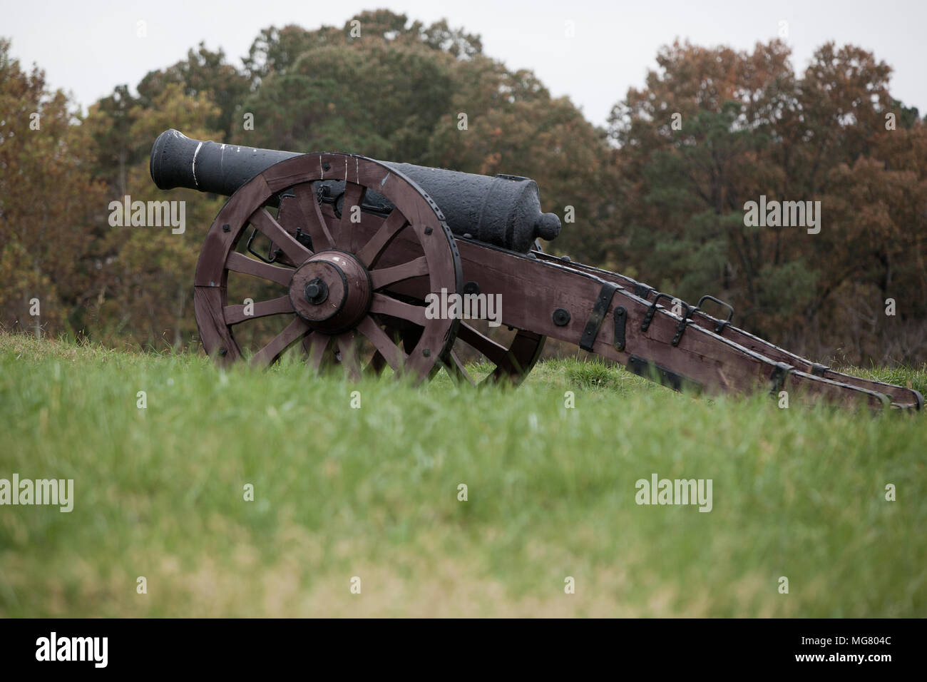 Revolutionary war cannon displayed on the field of the historic battle of Yorktown during the American revolutionary war - Stock Image