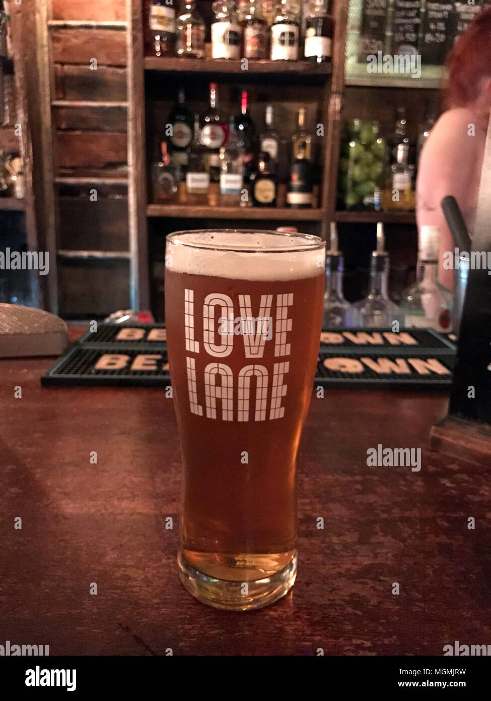 GoTonySmith,Love,Lane,Romance,Romantic,Romantic Beer,Craft,beer,bers,pint,Pint Pot,Glass,on,a,bar,pub,real,ale,RealAle,CAMRA,British,GB,Great British,local,Warrington,Beers,Ale,Liverpool,logo,logo on a glass,hops,rink,drinking,alcohol,consumption,Alcohol consumption,dangers of drinking,binge drinking,session,Session Beers