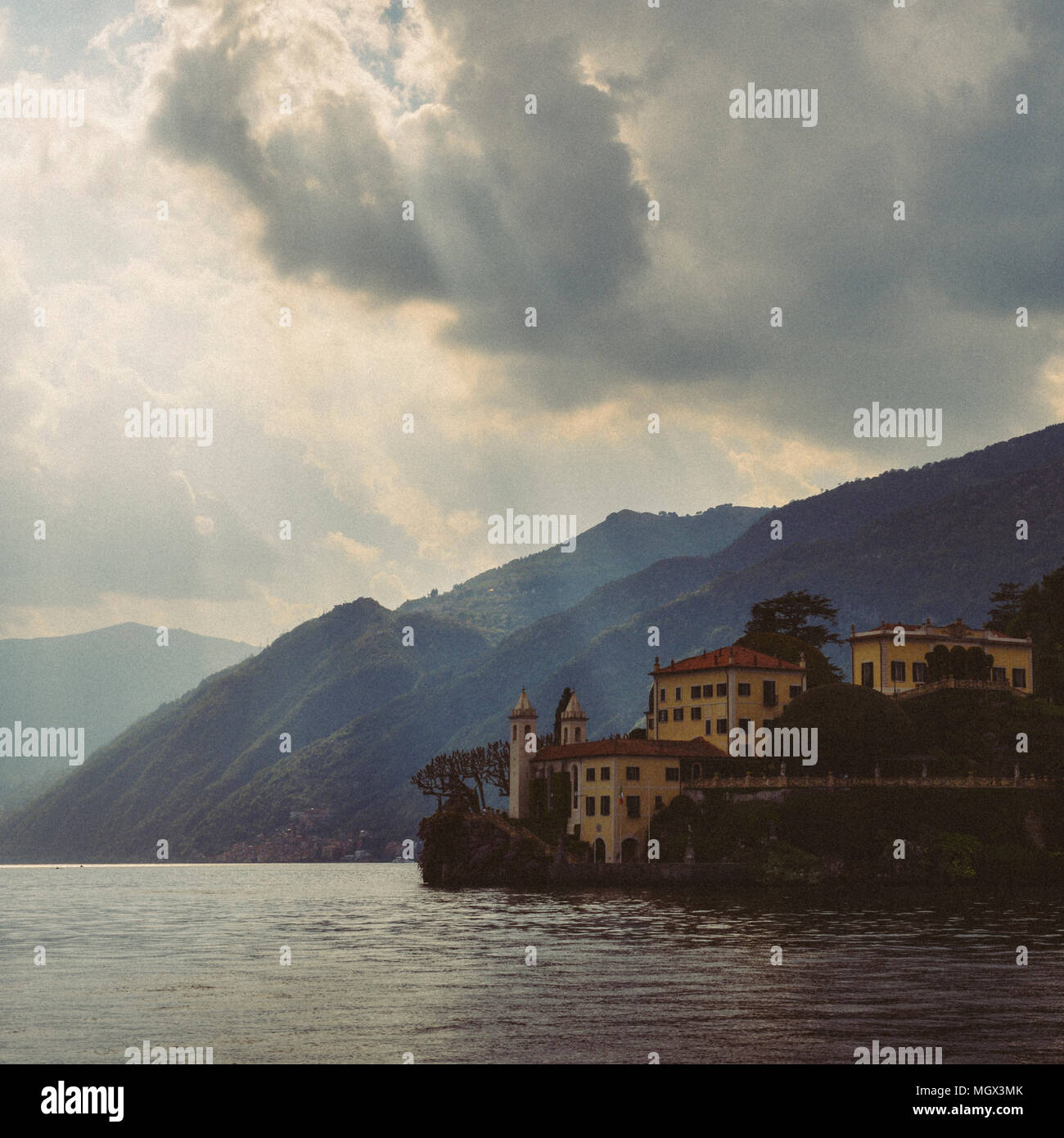 lake-como-in-northern-italys-lombardy-region-is-an-upscale-resort-area-known-for-its-dramatic-scenery-MGX3MK.jpg