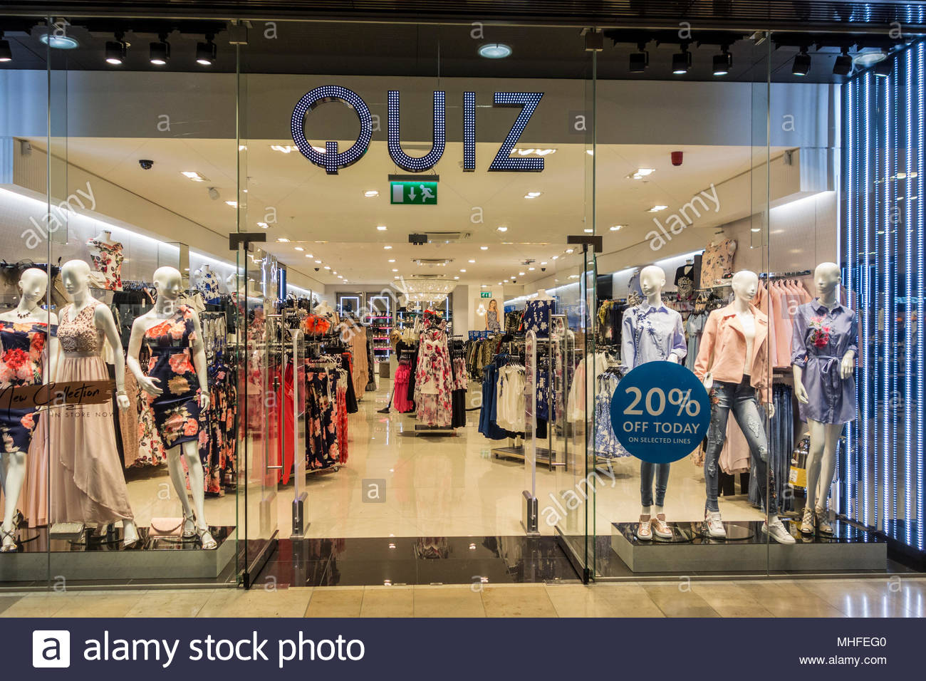 Quiz retail clothes store in Queensgate Shopping Centre, Peterborough, UK Stock Photo
