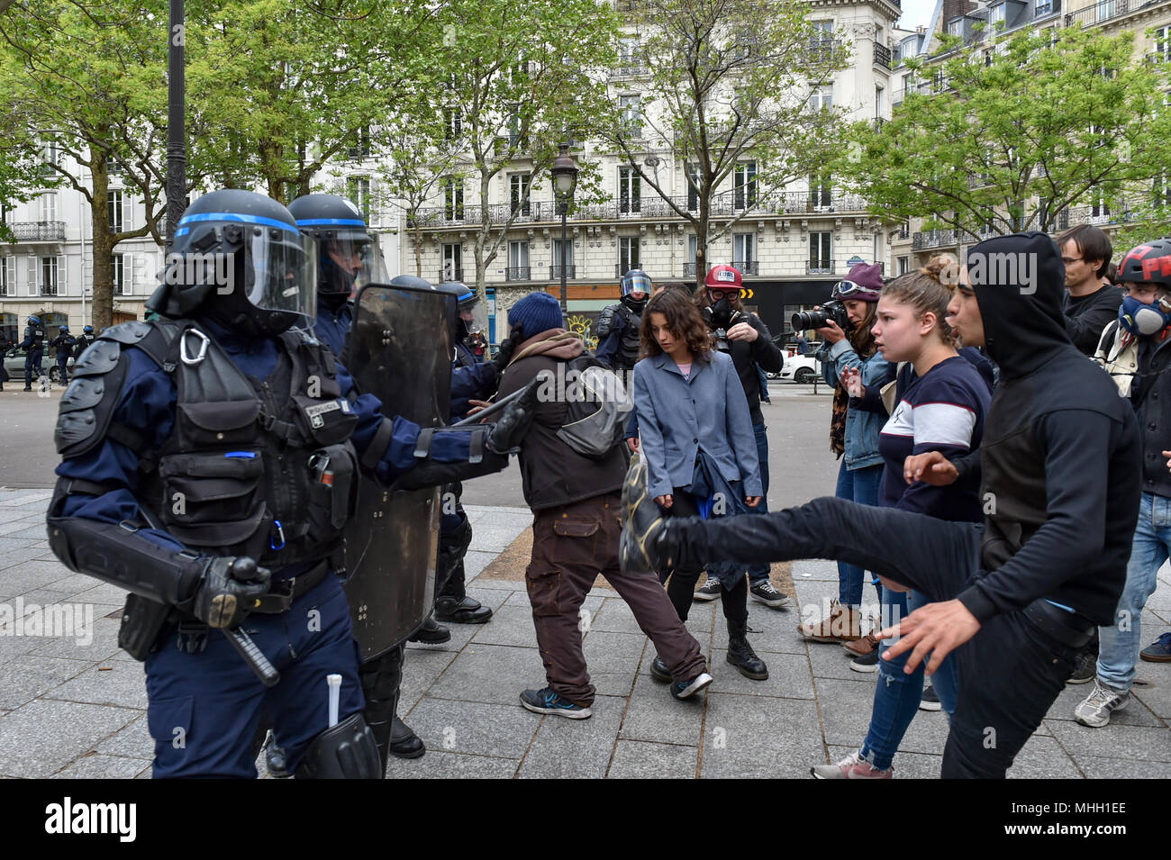 Paris, France. 1st May 2018. Paris police clash with protesters as demonstrations turn violent. Credit: Peter Manning/Alamy Live News - Stock Image