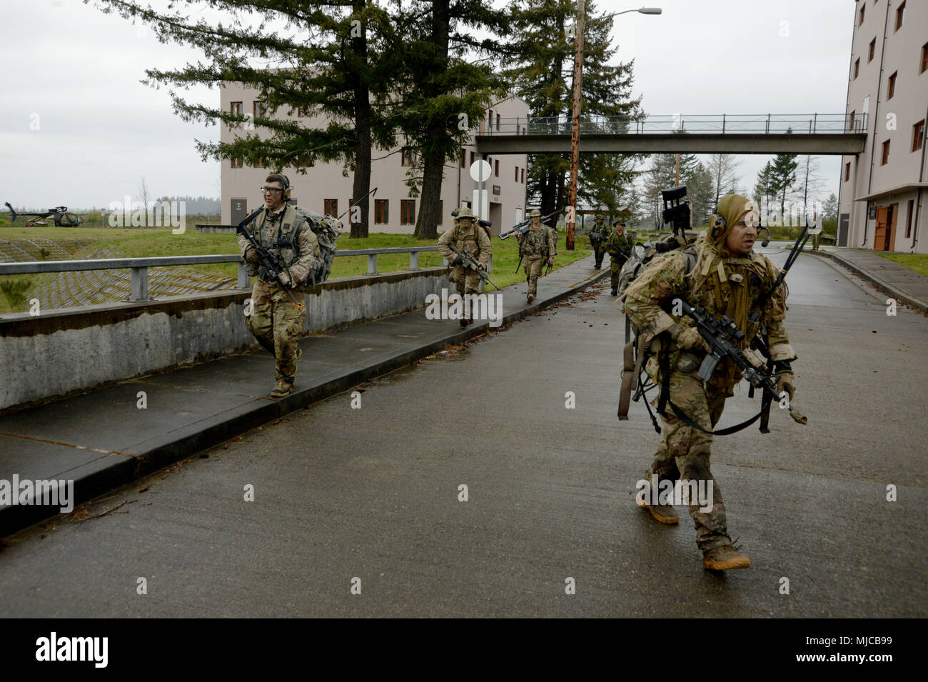 Soldiers Assigned To The Oregon National Guards 2nd Battalion 162nd Infantry Regiment And 39th