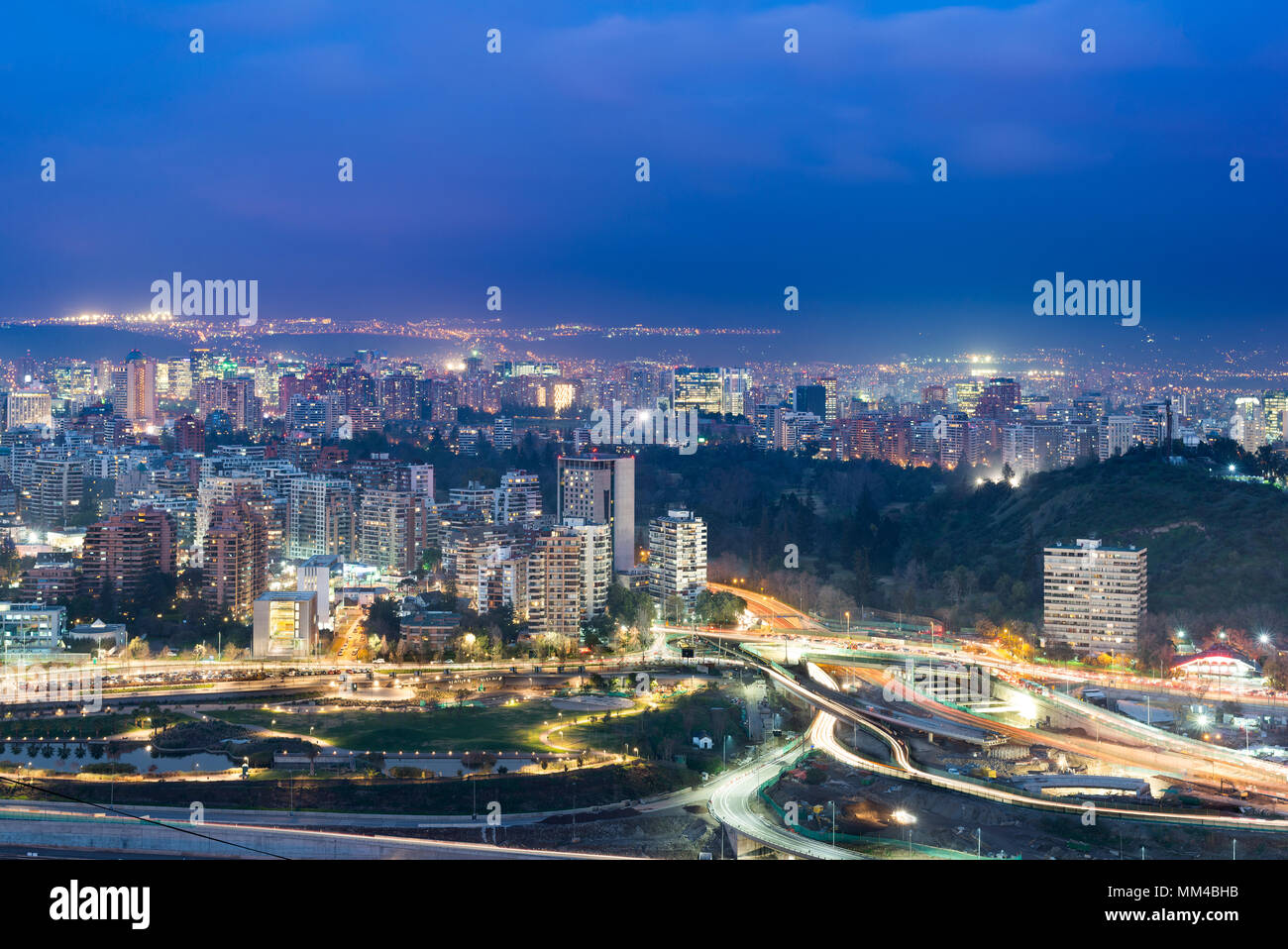 Residential buildings at the wealthy districts of  Vitacura and Las Condes, Santiago de Chile - Stock Image