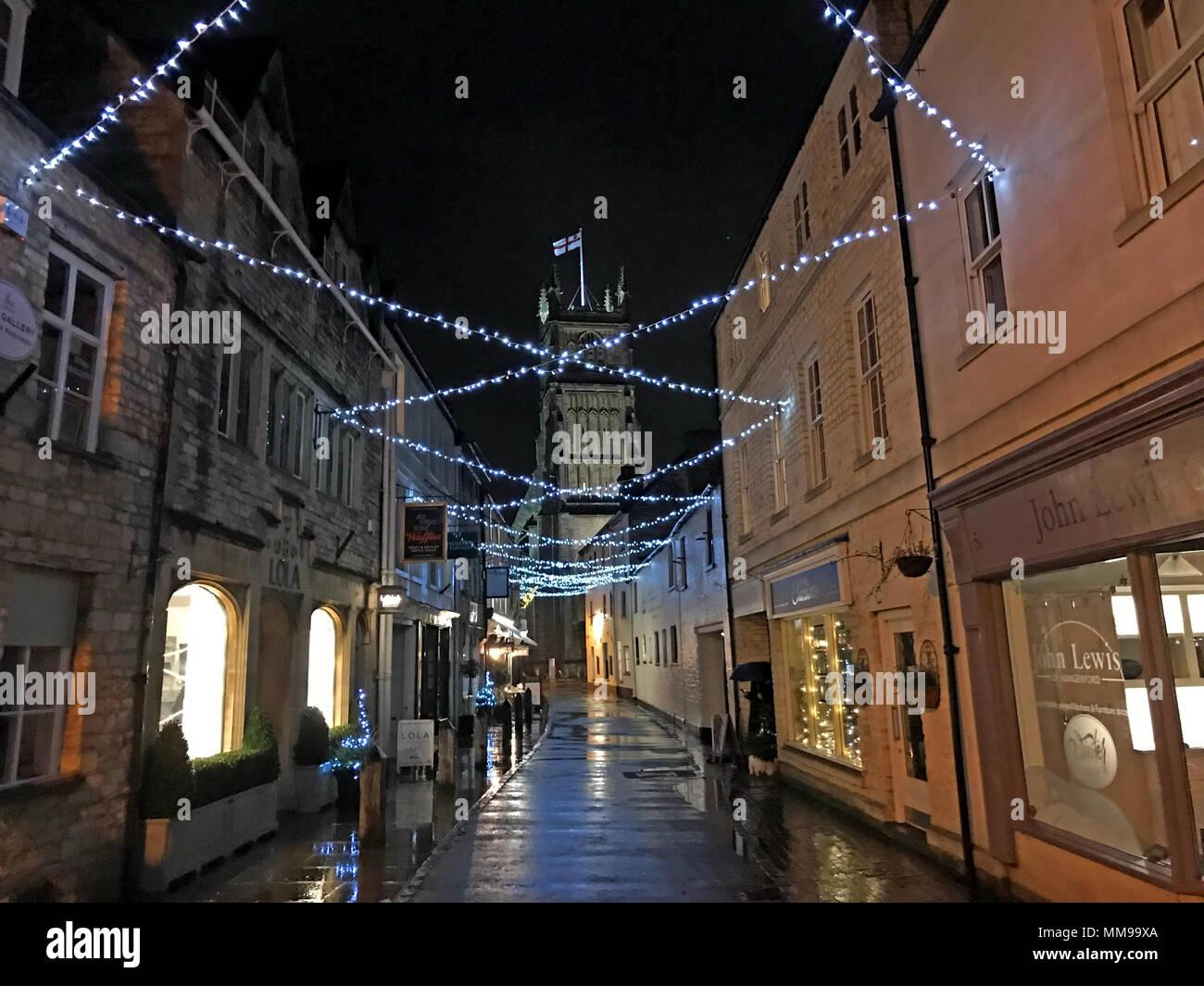 GoTonysmith,@HotpixUK,market town,centre,England,UK,GL7 2NX,GL7,Gloucestershire,Cathedral,Church,street,streets,shop,retail,shops,quaint market town,quaint,tourist,tourism,large Cotswold towns,Roman Corinium,Romans,Roman town,Fosse Way,Church of John The Baptist,John The Baptist,abbey church,thriving,thriving market town,night,at night,evening,dusk,nighttime,night shot,nightshot,lights,Christmas,Christmas Cirencester