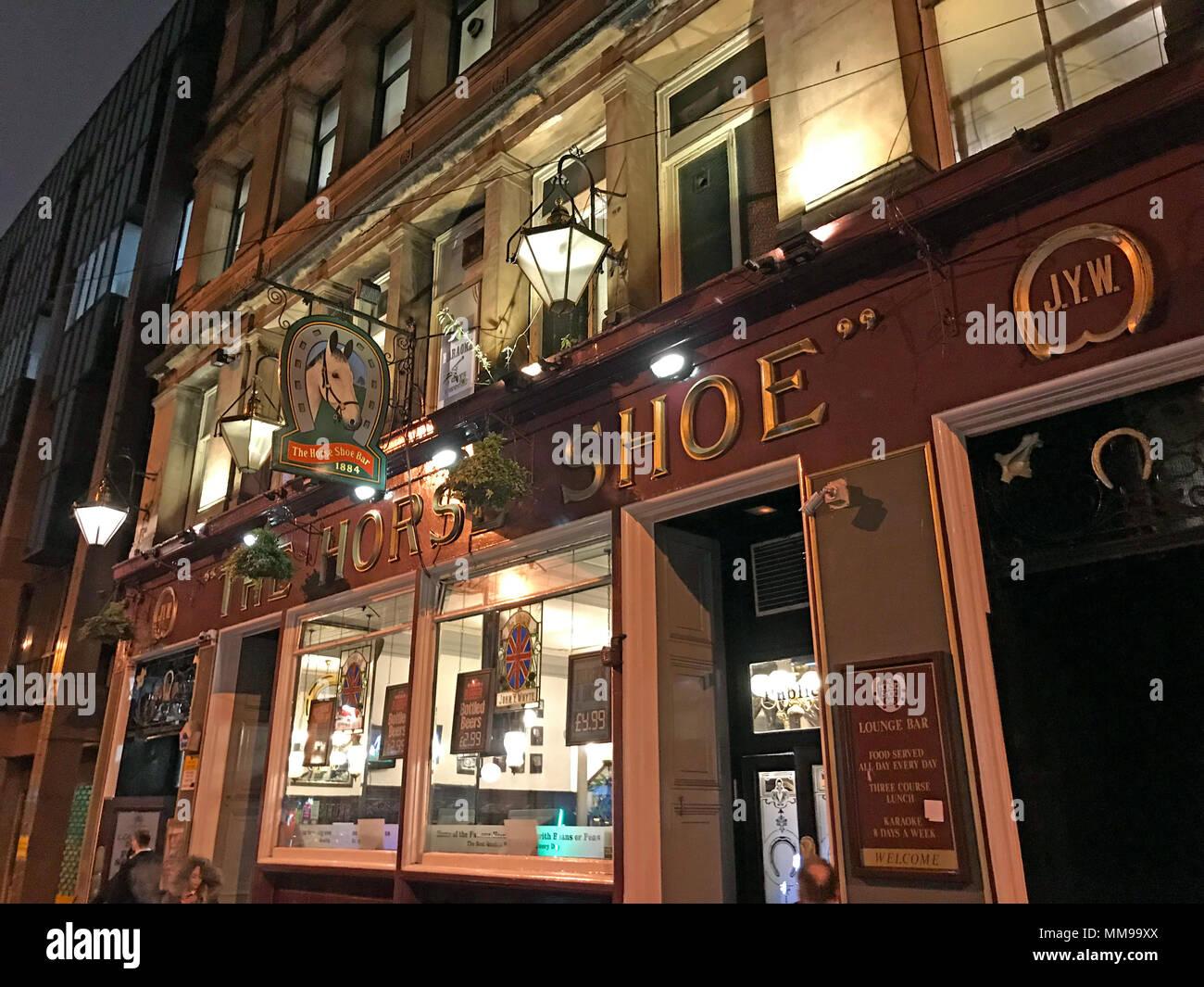 GoTonysmith,@HotpixUK,Horse,Shoe,bar,pub,Horseshoe,24 Drury St,Scotland UK,at night,at dusk,night,dusk,nighttime,night time,JYW,Drury St,city,city centre,drinking,pubs,bars,Scotland,long bar,104 feet,grand,watering hole,Victorian pub,Victorian bar,historic Victorian pub,history,City Centre Pub,central Glasgow,Glasgow Central,Glasgow City Centre,tourist,tourism,outside,exterior