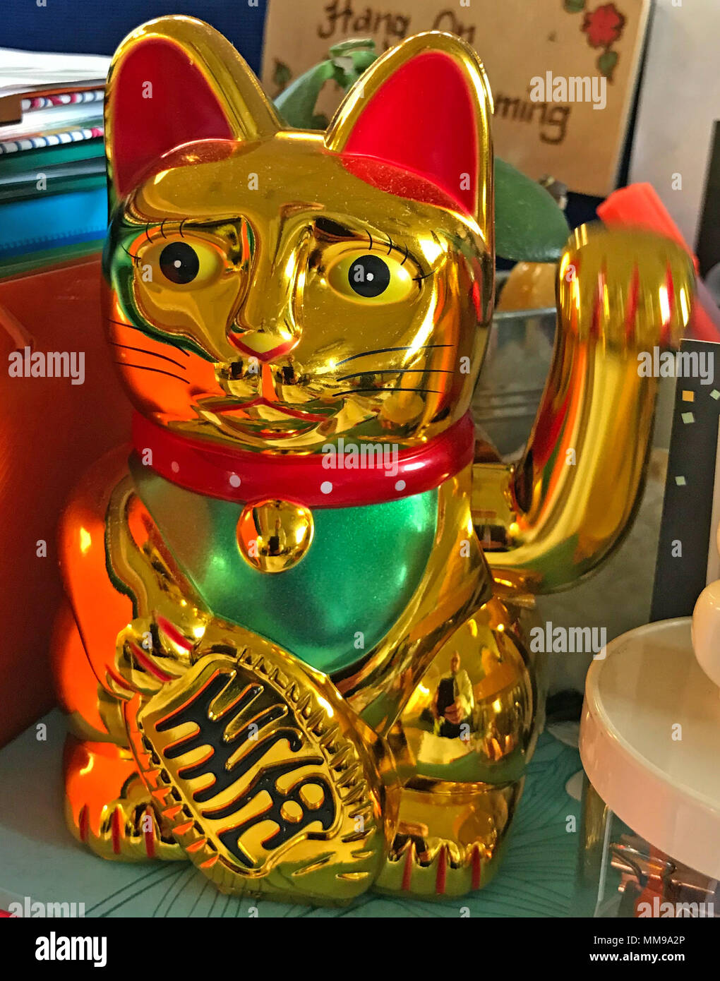 GoTonysmith,@HotpixUK,beckoning,with,slow,moving,doll,Chinese lucky cat,Chinese,lucky cat,icon,superstition,sculptures,electric,battery operated,battery,operated,statue,statues,wave,waving,reflective,left,left paw,paw,stray cat,stray,cat,folklore,chinese folklore,talisman,good fortune,good luck,Chinatown,Chinese culture,Japanese lucky cat